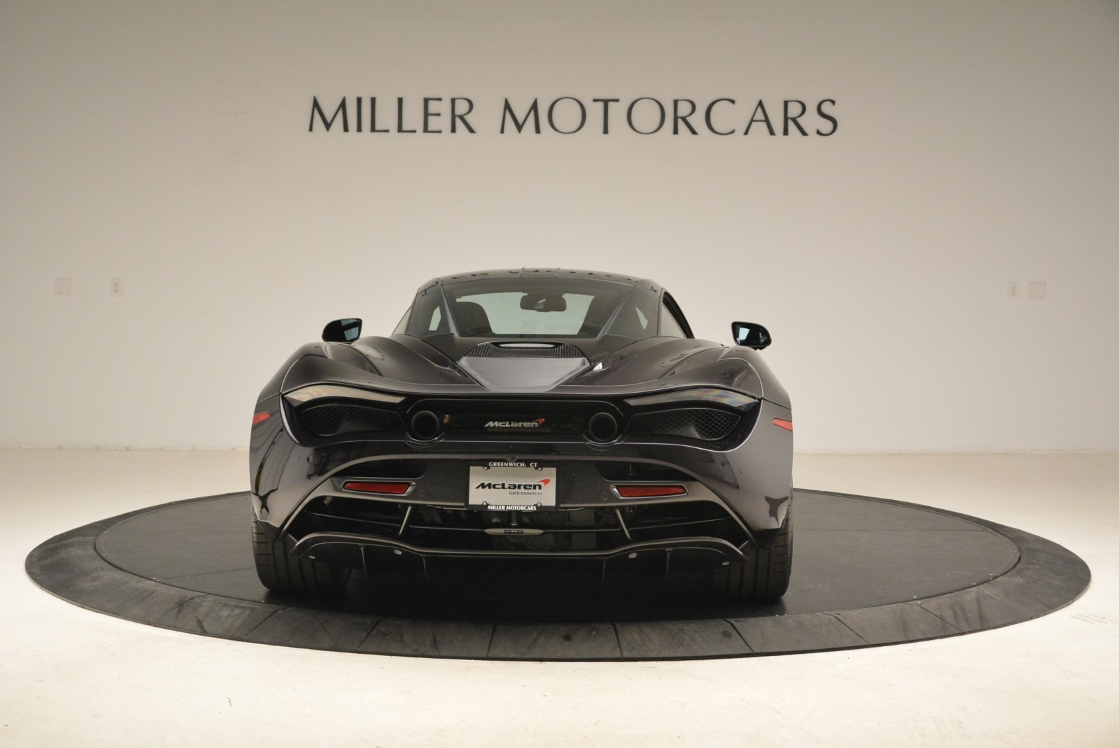 Used 2018 McLaren 720S Coupe For Sale In Greenwich, CT 2474_p6