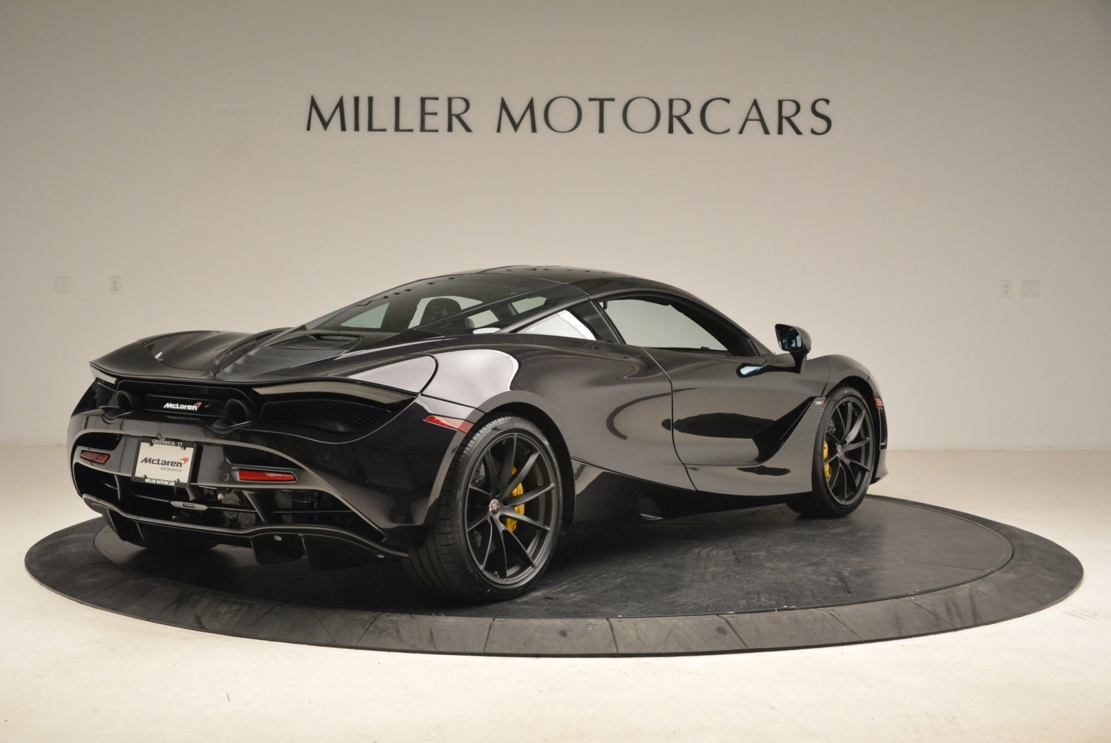 Used 2018 McLaren 720S Coupe For Sale In Greenwich, CT 2474_p7