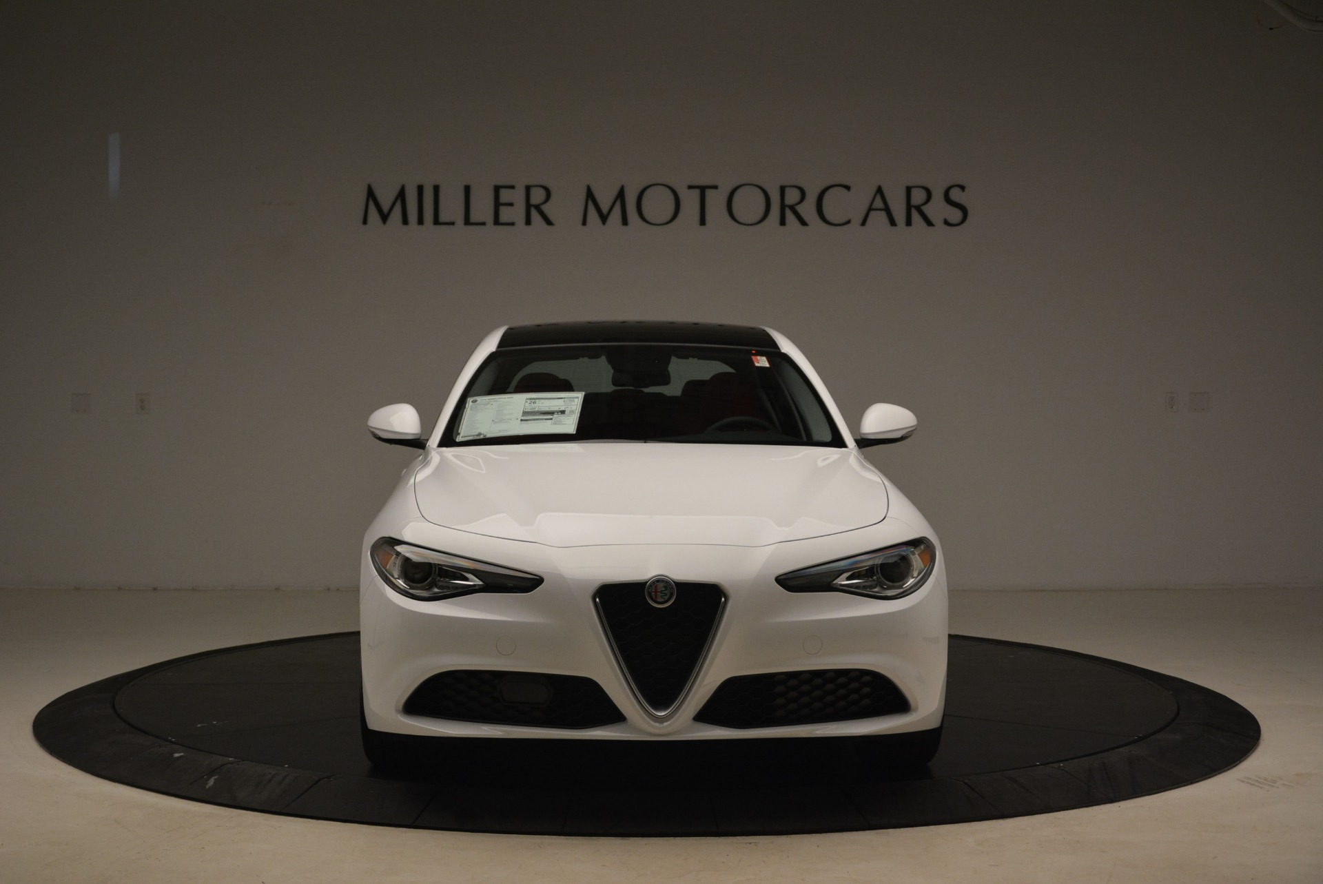 New 2018 Alfa Romeo Giulia Q4 For Sale In Greenwich, CT 2475_p12