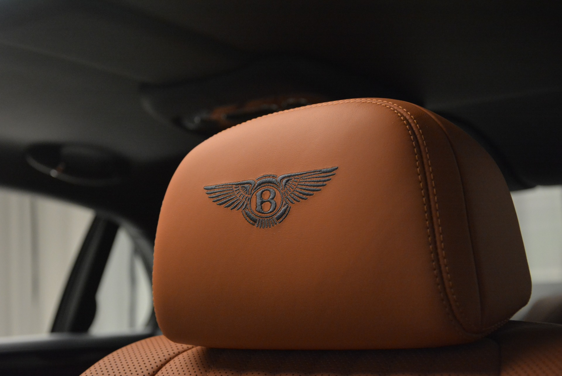 New 2018 Bentley Flying Spur V8 For Sale In Greenwich, CT 2484_p17