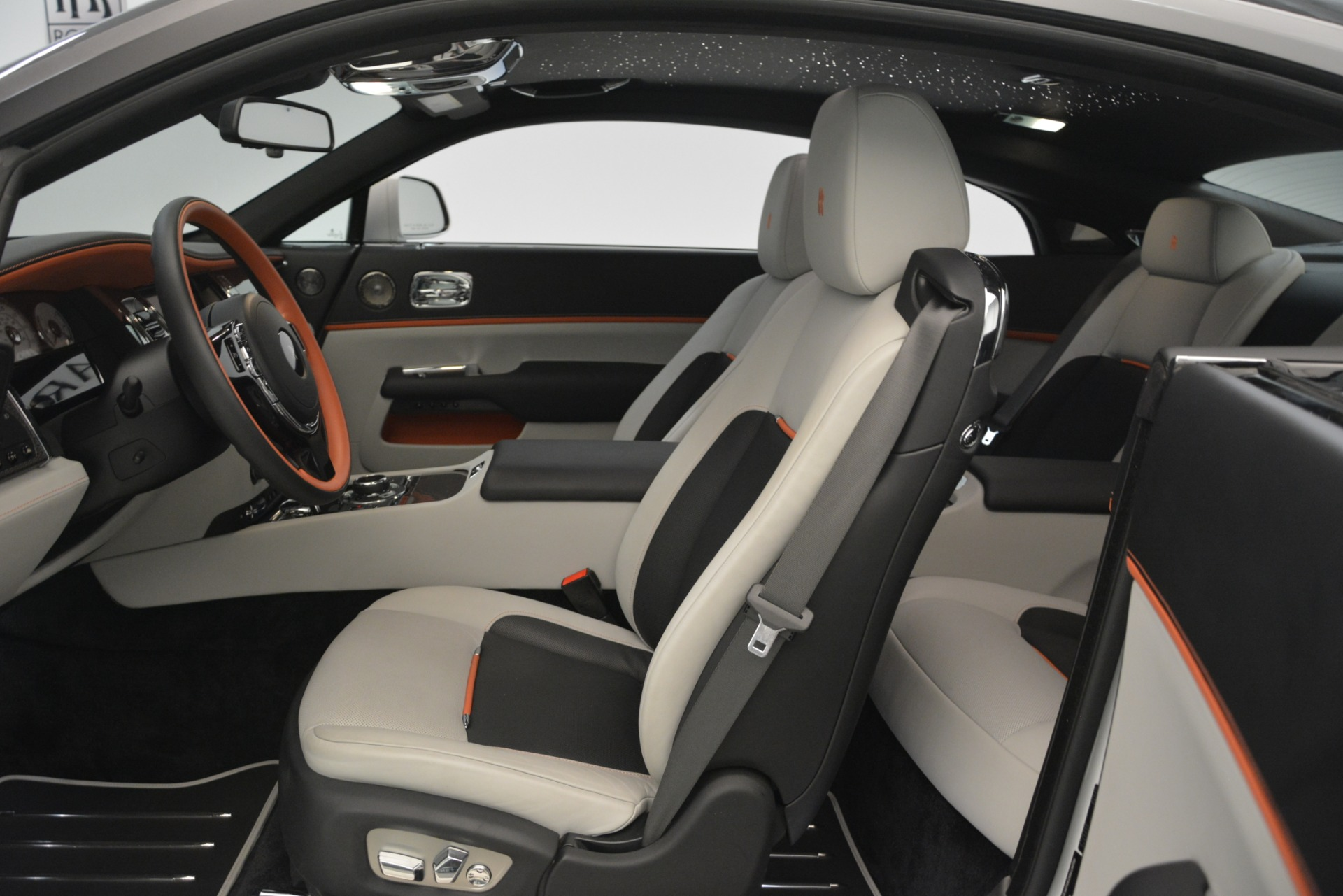 Used 2018 Rolls-Royce Wraith Black Badge Nebula Collection For Sale In Greenwich, CT 2491_p14