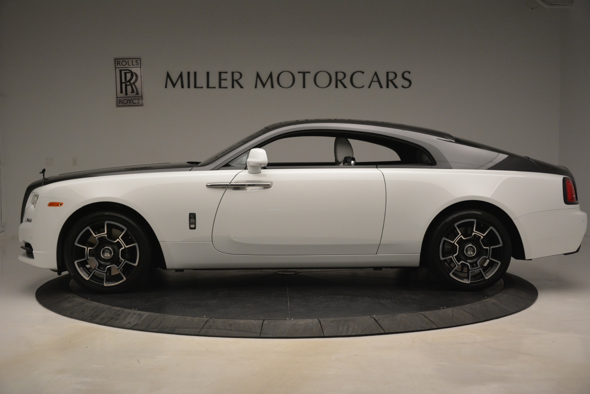 Used 2018 Rolls-Royce Wraith Black Badge Nebula Collection For Sale In Greenwich, CT 2491_p3