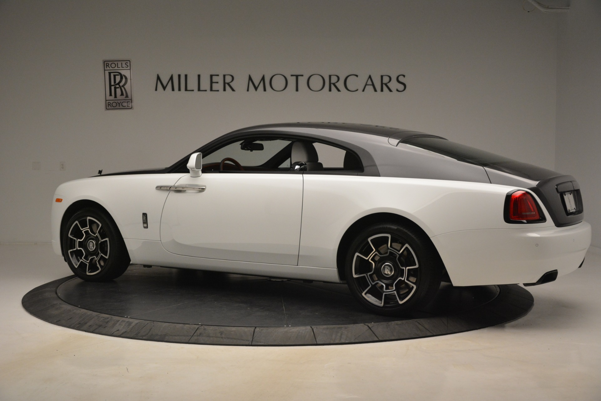 Used 2018 Rolls-Royce Wraith Black Badge Nebula Collection For Sale In Greenwich, CT 2491_p4