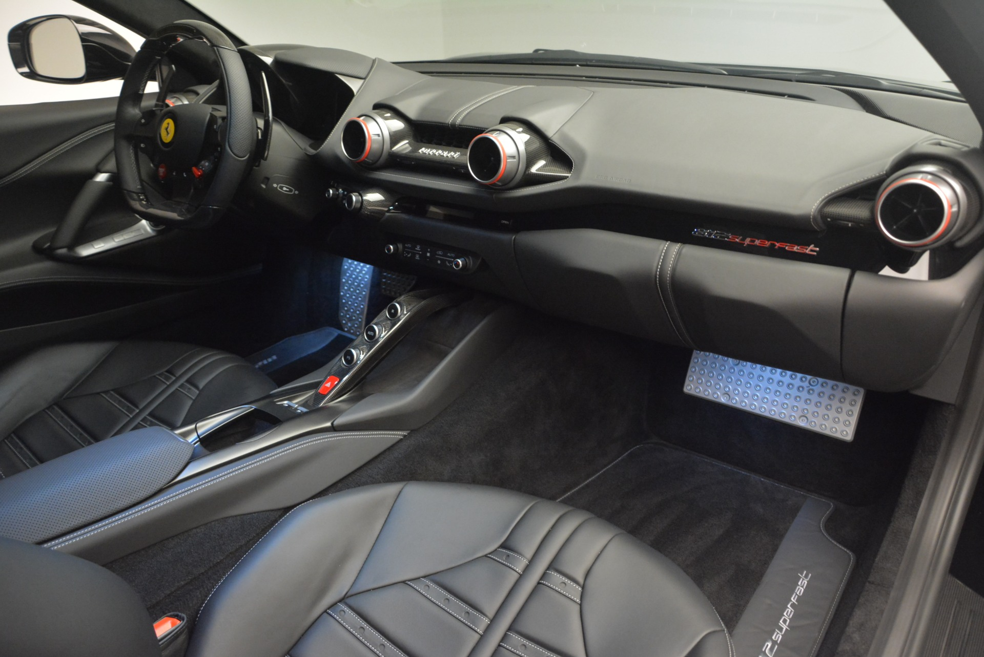Used 2018 Ferrari 812 Superfast  For Sale In Greenwich, CT 2511_p17