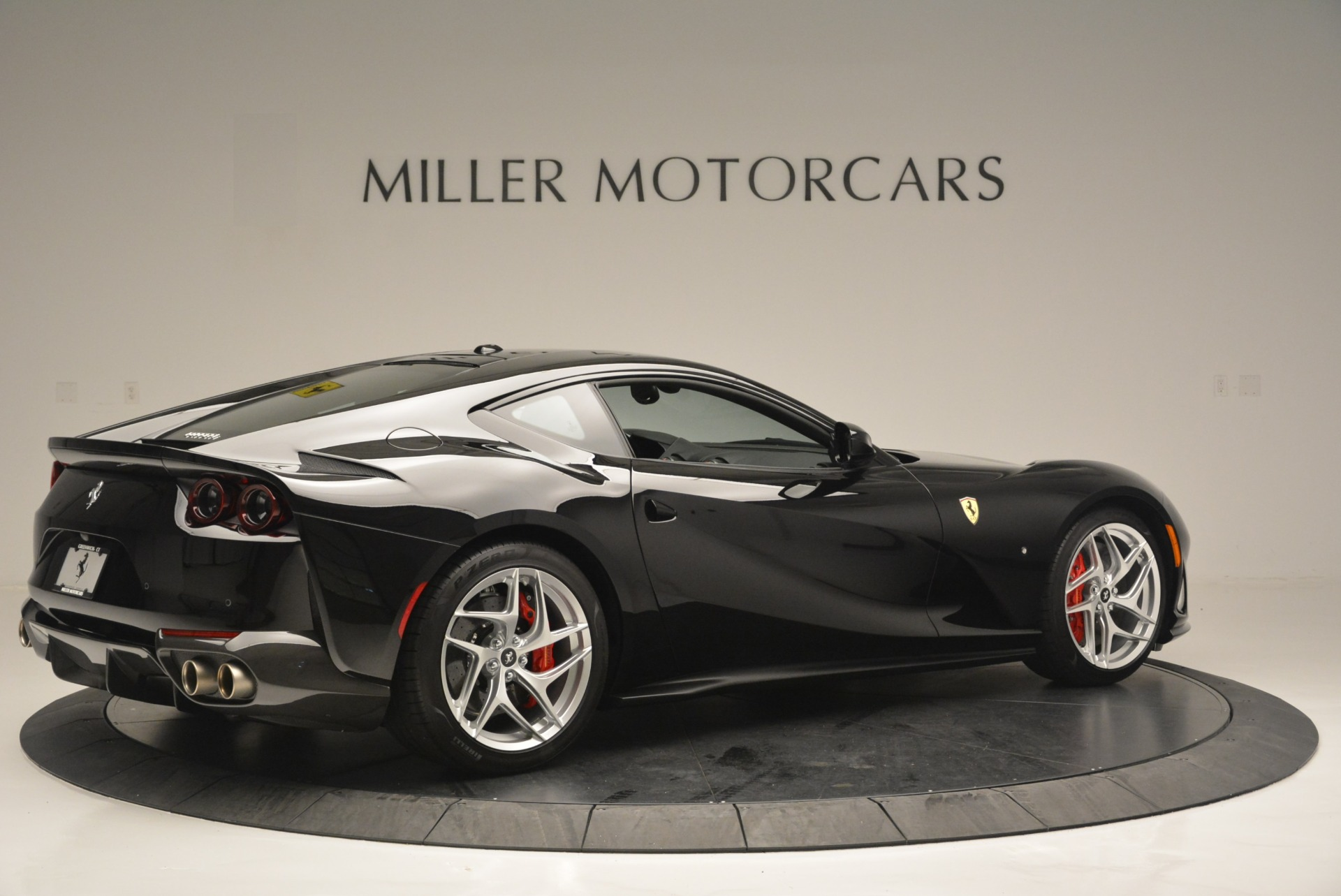 Used 2018 Ferrari 812 Superfast  For Sale In Greenwich, CT 2511_p8
