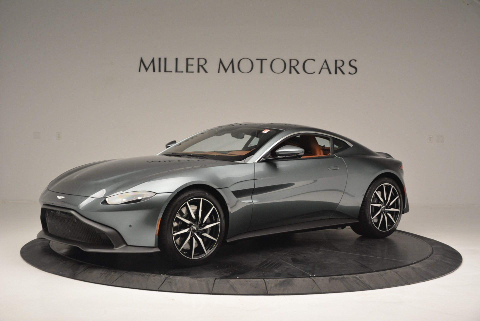 New 2019 Aston Martin Vantage Coupe For Sale In Greenwich, CT 2515_main