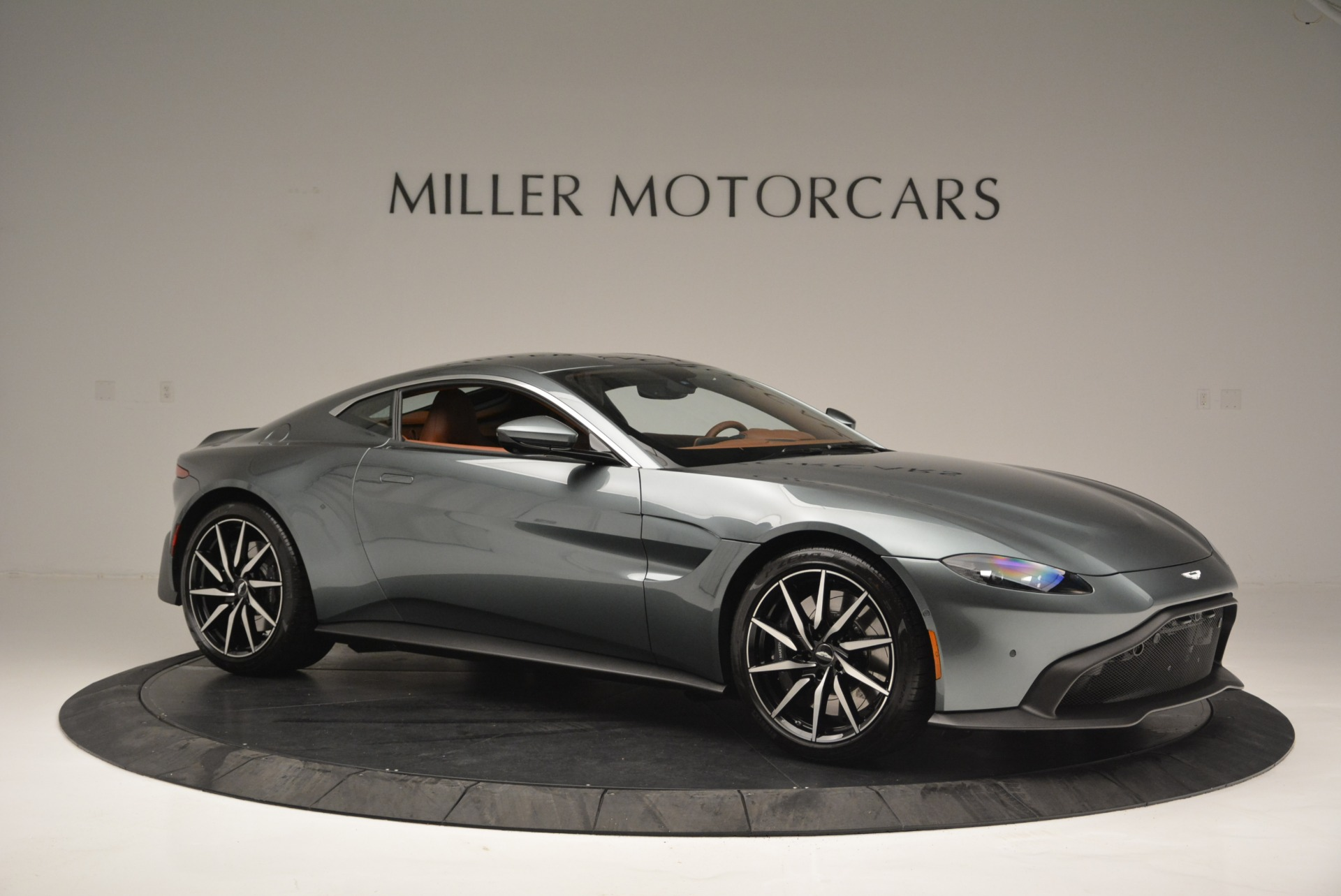 New 2019 Aston Martin Vantage Coupe For Sale In Greenwich, CT 2515_p10