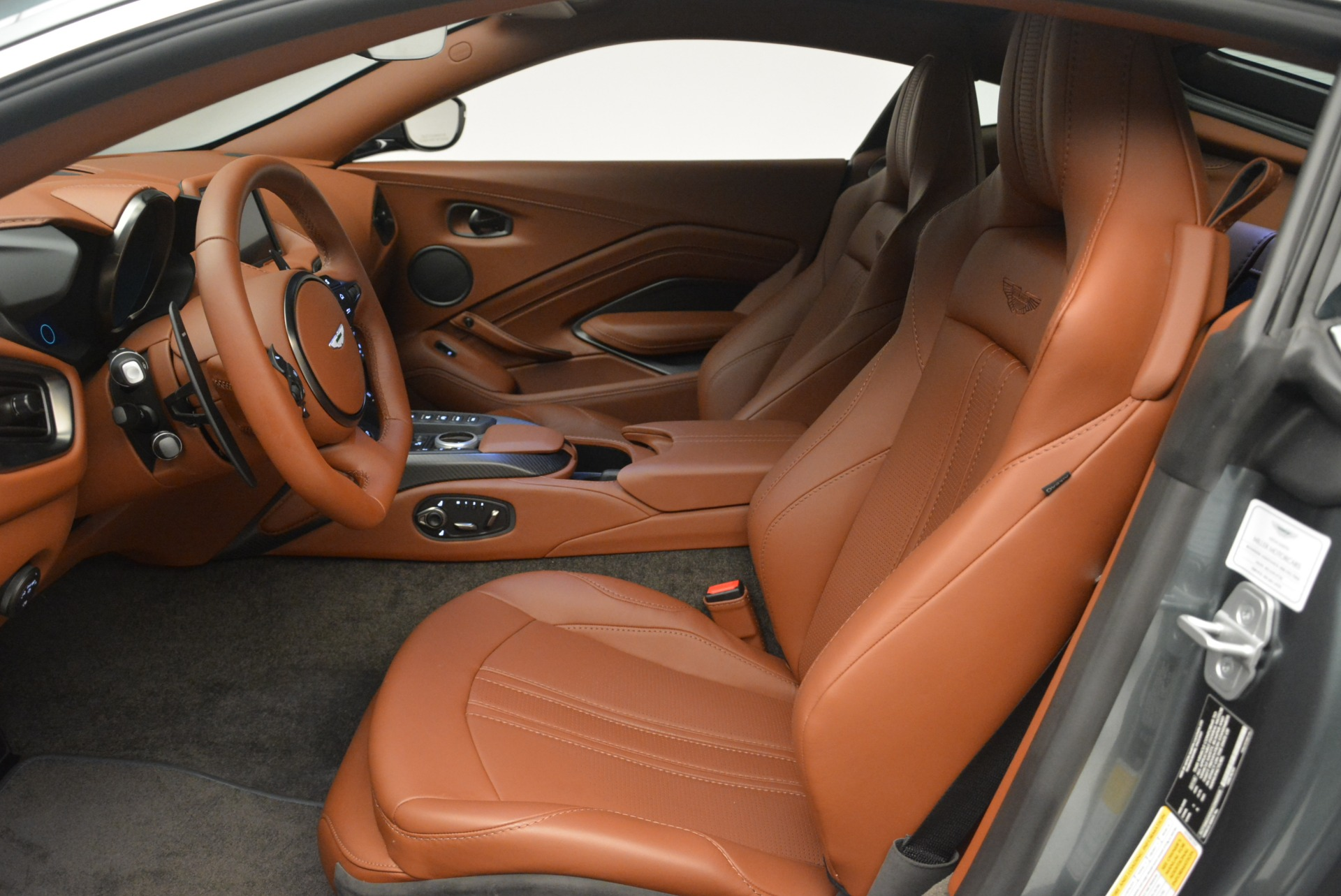 New 2019 Aston Martin Vantage Coupe For Sale In Greenwich, CT 2515_p13