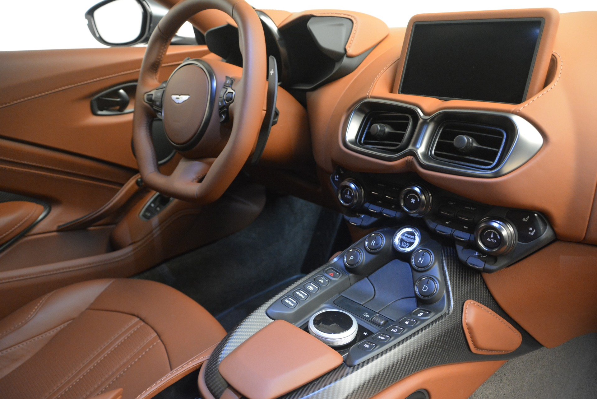 New 2019 Aston Martin Vantage Coupe For Sale In Greenwich, CT 2515_p18