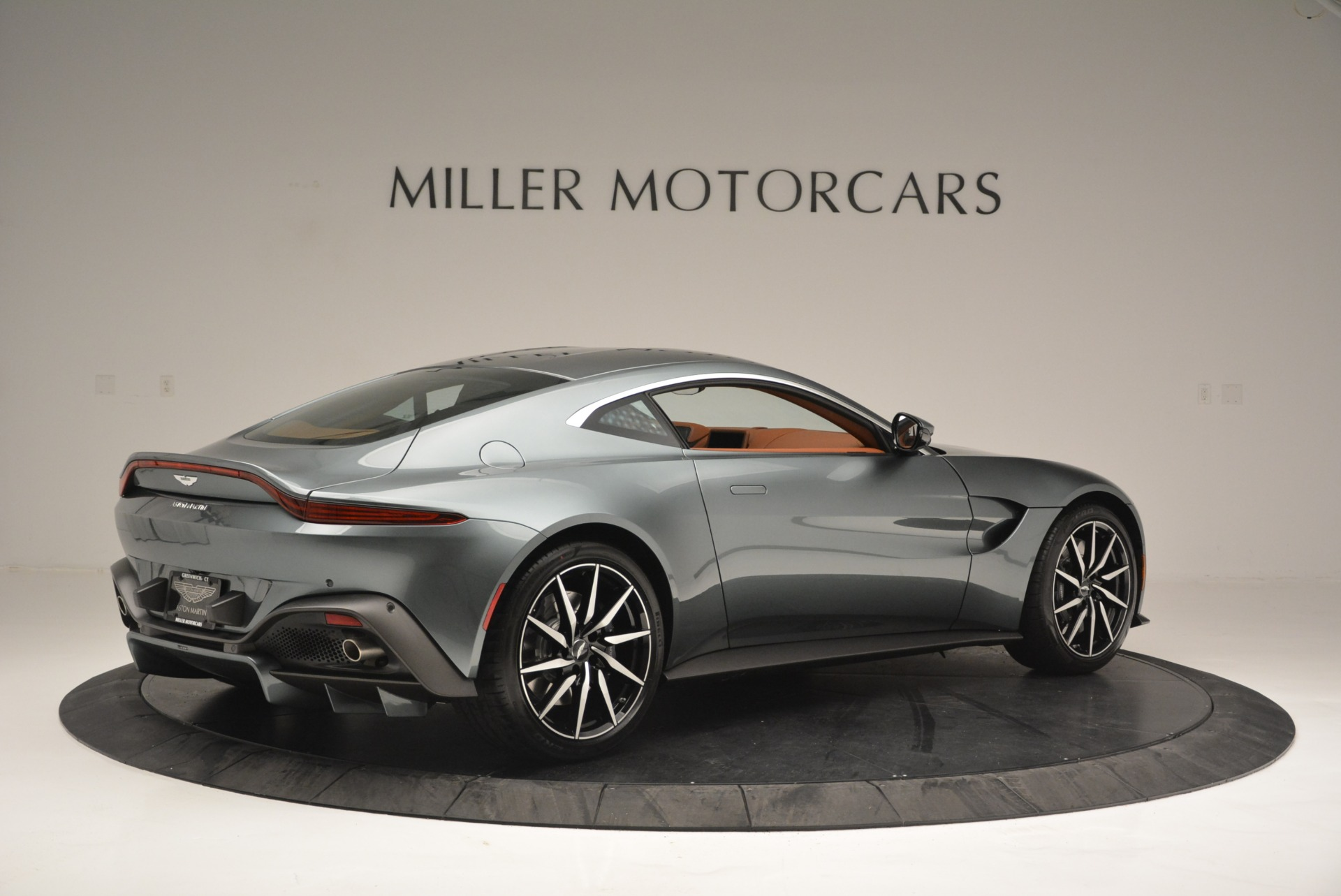 New 2019 Aston Martin Vantage Coupe For Sale In Greenwich, CT 2515_p8