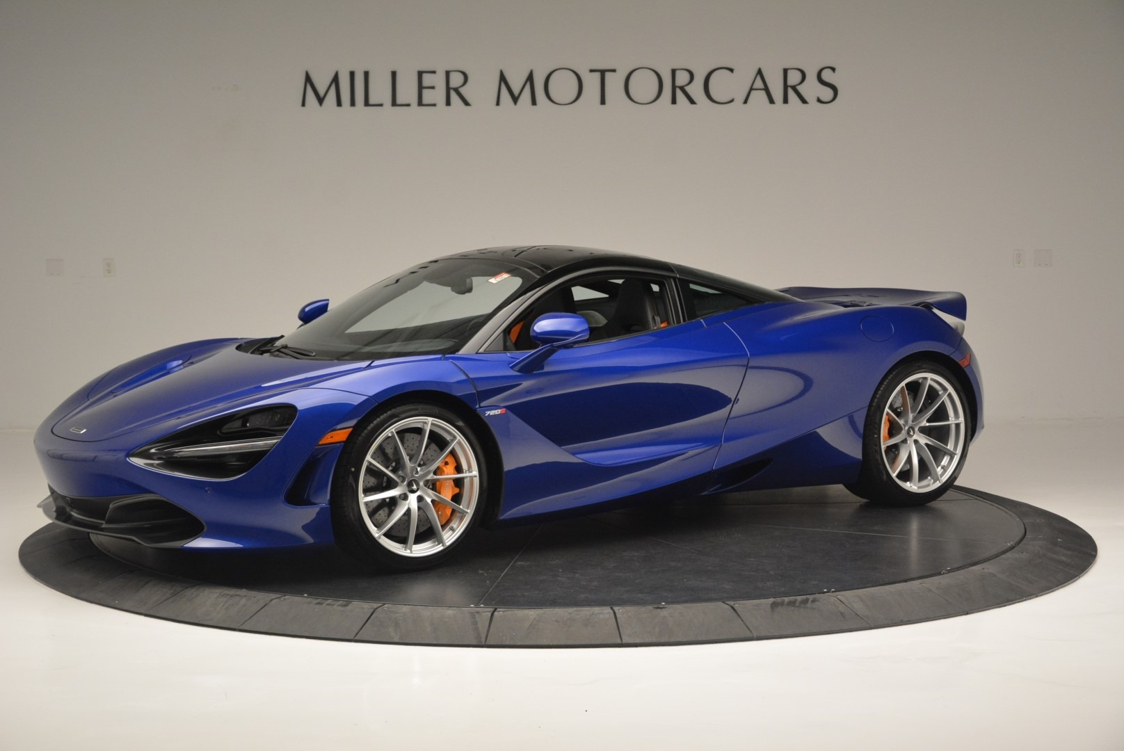 Used 2019 McLaren 720S Coupe For Sale In Greenwich, CT 2516_main