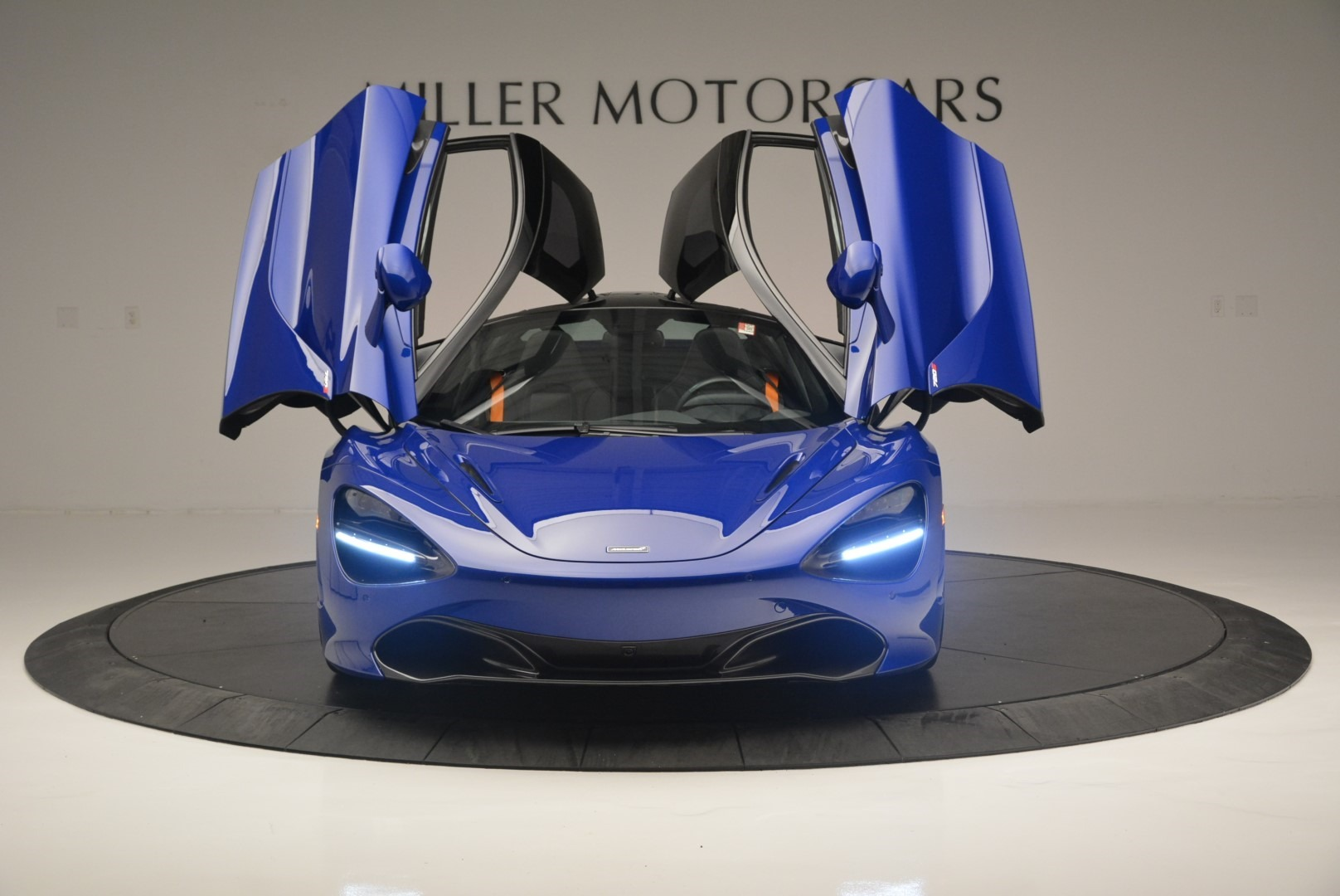 Used 2019 McLaren 720S Coupe For Sale In Greenwich, CT 2516_p13