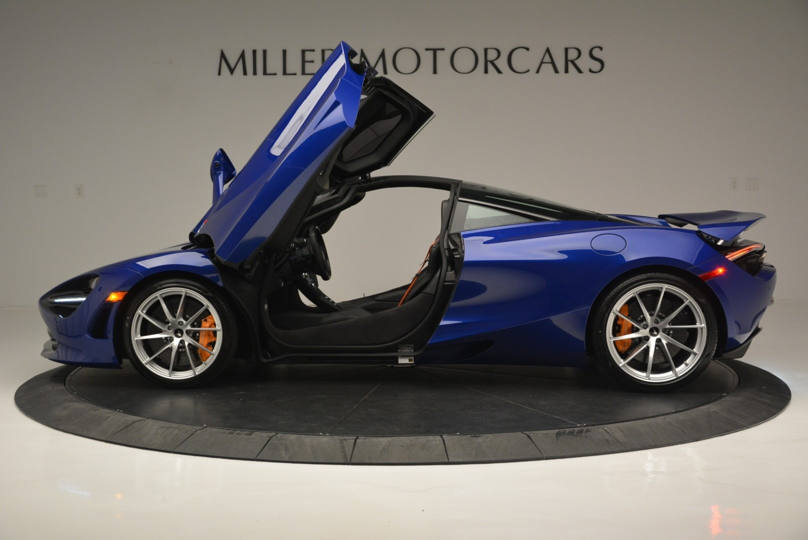 Used 2019 McLaren 720S Coupe For Sale In Greenwich, CT 2516_p15