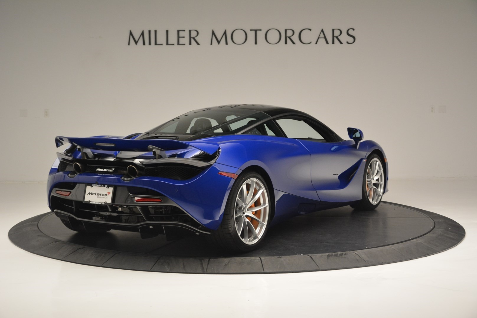 Used 2019 McLaren 720S Coupe For Sale In Greenwich, CT 2516_p7
