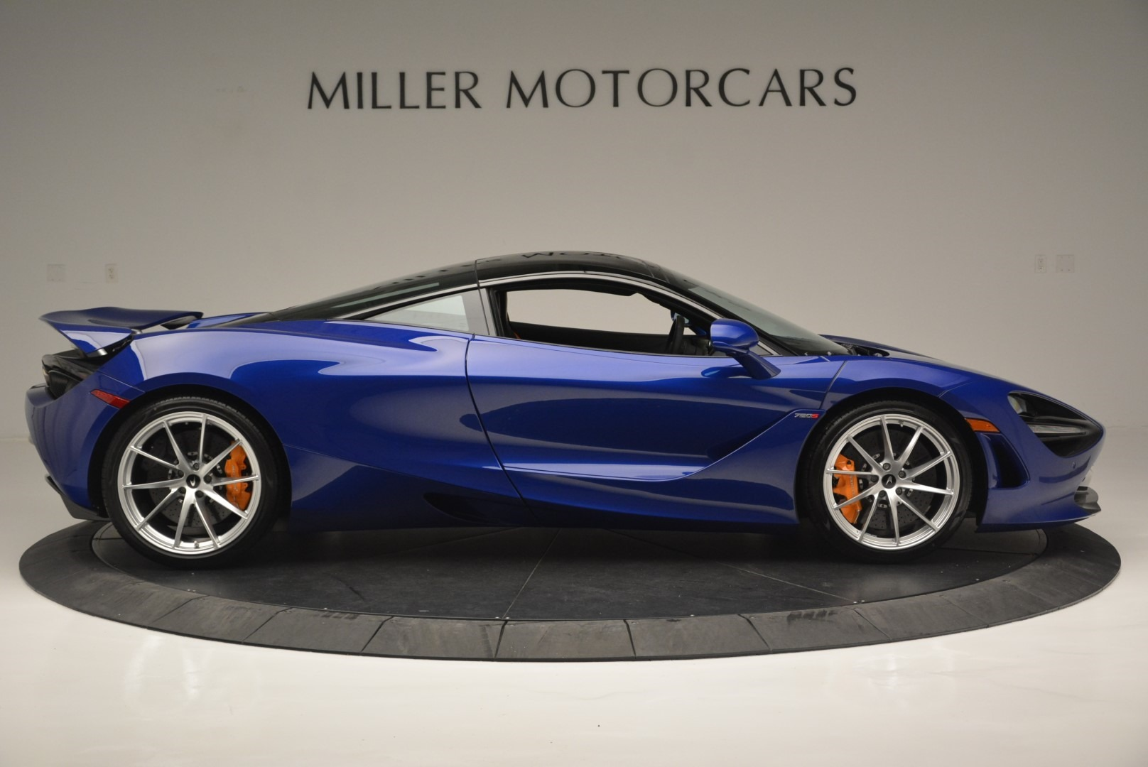 Used 2019 McLaren 720S Coupe For Sale In Greenwich, CT 2516_p9