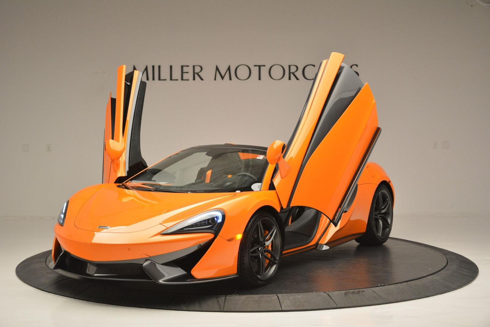 New 2019 McLaren 570S Spider Convertible For Sale In Greenwich, CT 2520_p14