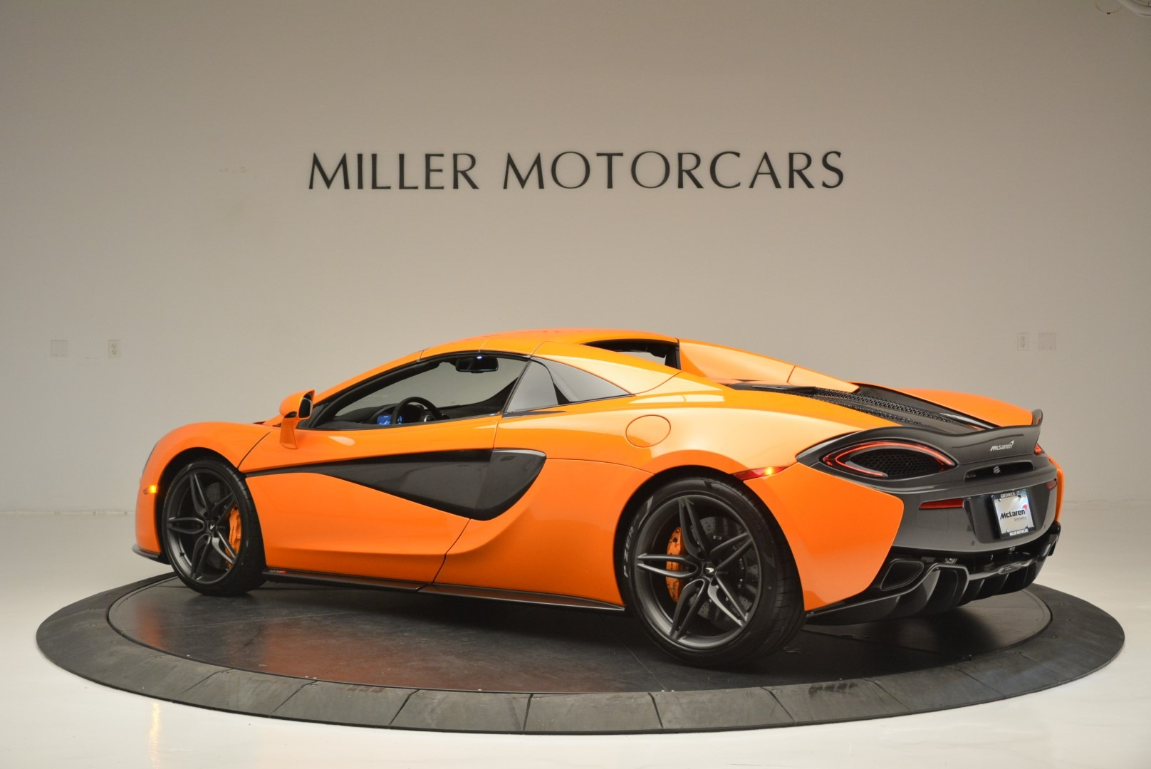 New 2019 McLaren 570S Spider Convertible For Sale In Greenwich, CT 2520_p18