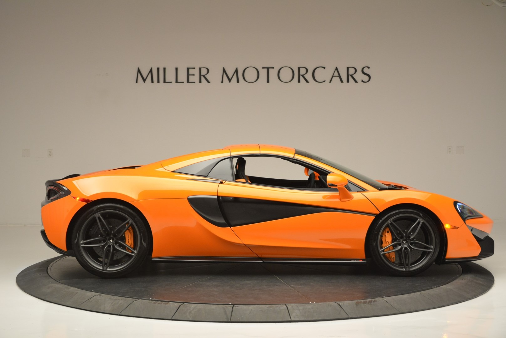 New 2019 McLaren 570S Spider Convertible For Sale In Greenwich, CT 2520_p21