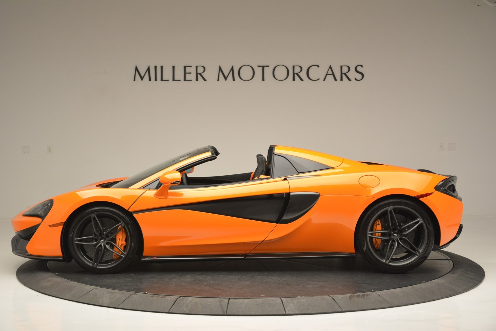 New 2019 McLaren 570S Spider Convertible For Sale In Greenwich, CT 2520_p3