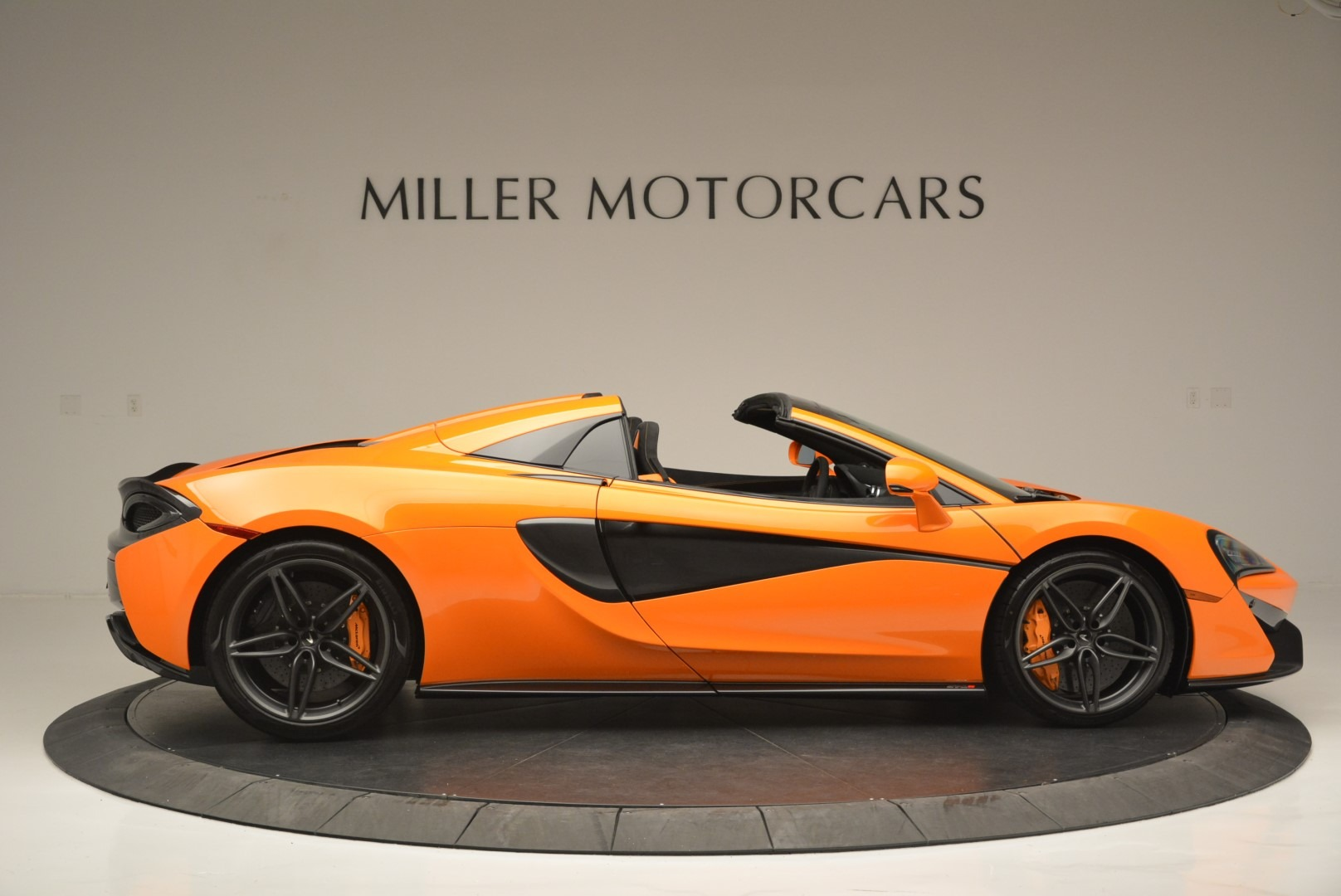 New 2019 McLaren 570S Spider Convertible For Sale In Greenwich, CT 2520_p9