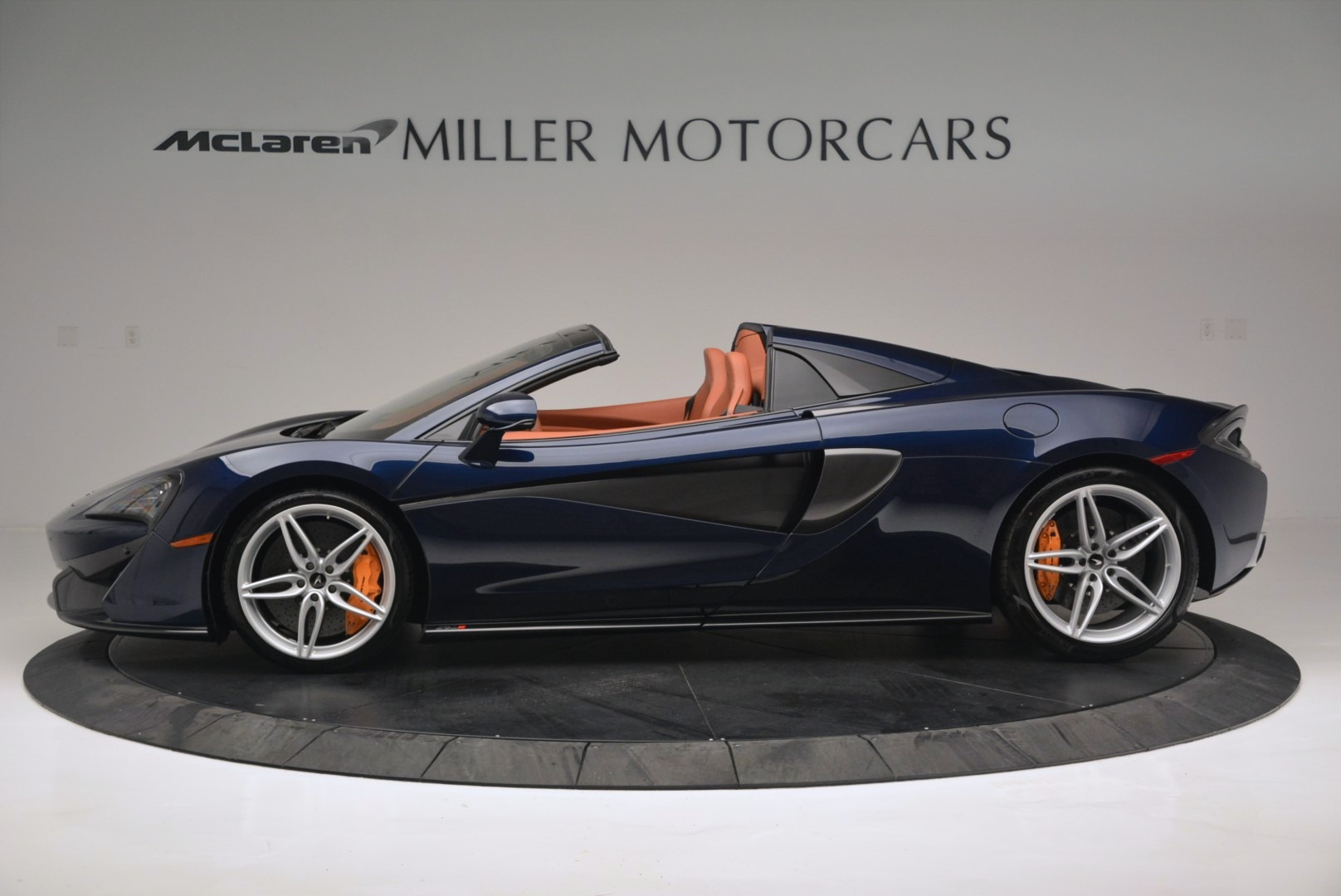 New 2019 McLaren 570S Spider Convertible For Sale In Greenwich, CT 2521_p3