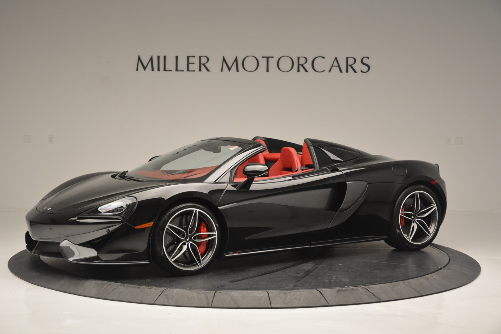 New 2019 McLaren 570S Spider Convertible For Sale In Greenwich, CT 2522_main