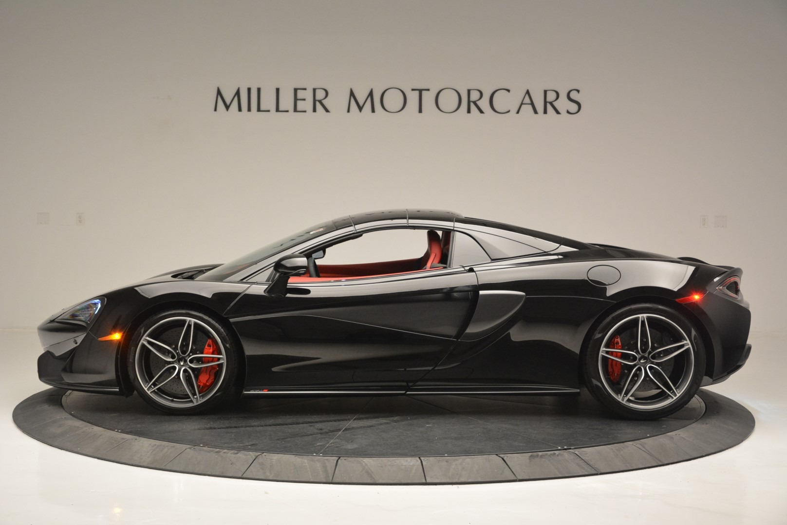 New 2019 McLaren 570S Spider Convertible For Sale In Greenwich, CT 2522_p16
