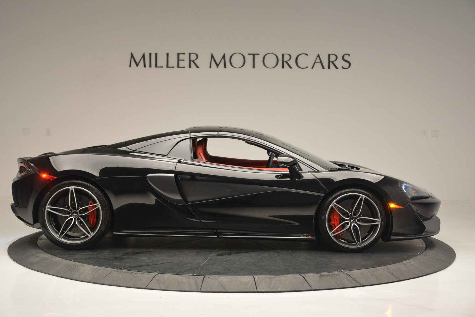 New 2019 McLaren 570S Spider Convertible For Sale In Greenwich, CT 2522_p20