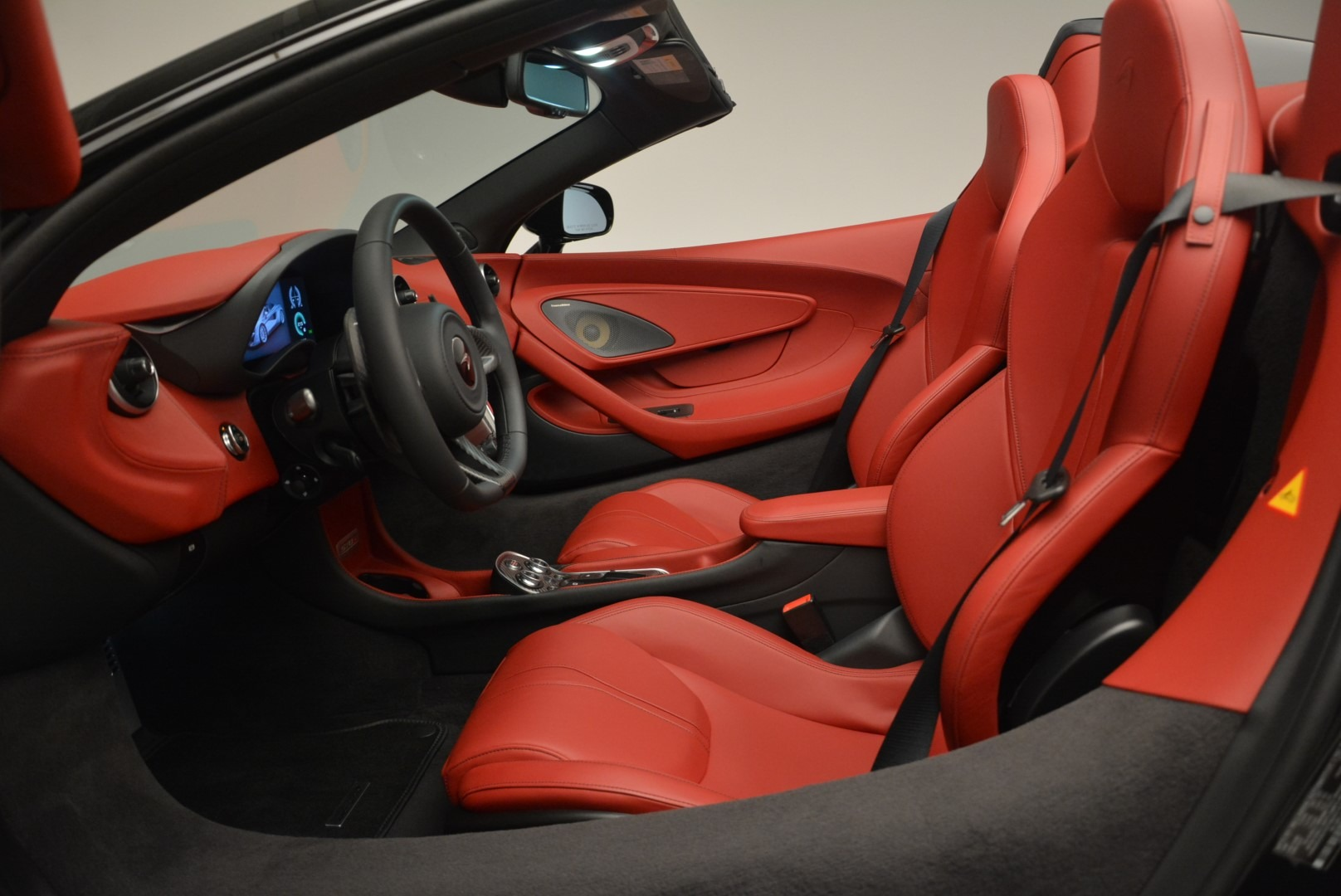 New 2019 McLaren 570S Spider Convertible For Sale In Greenwich, CT 2522_p23