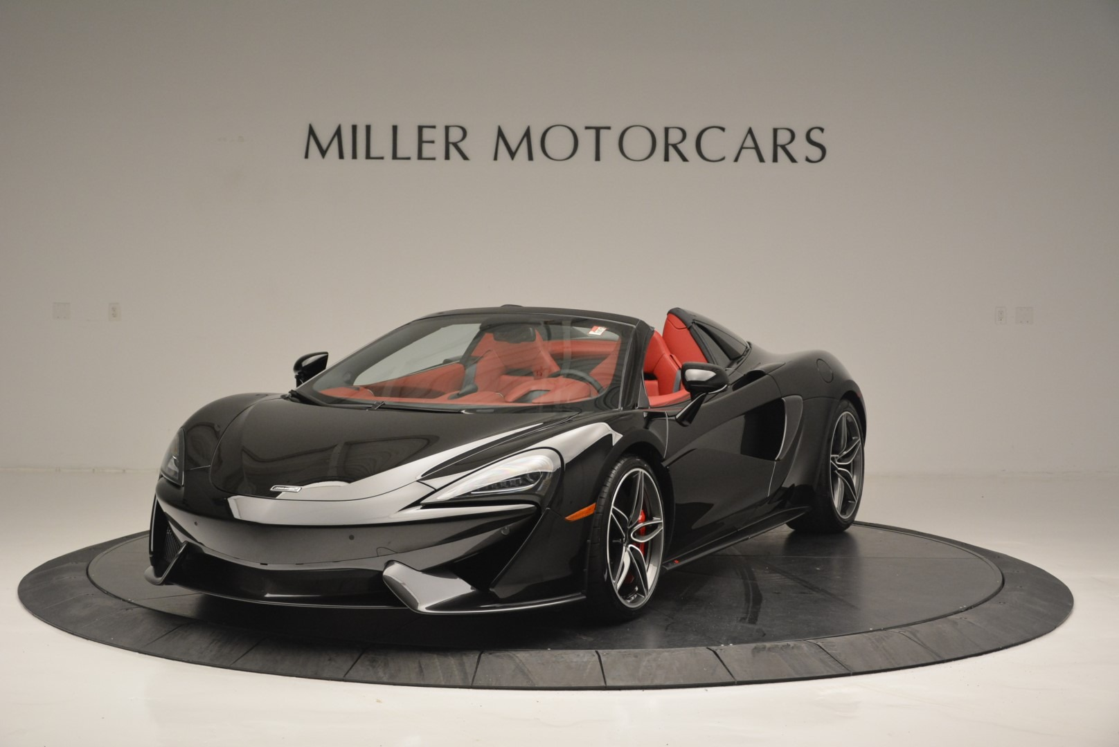 New 2019 McLaren 570S Spider Convertible For Sale In Greenwich, CT 2522_p2