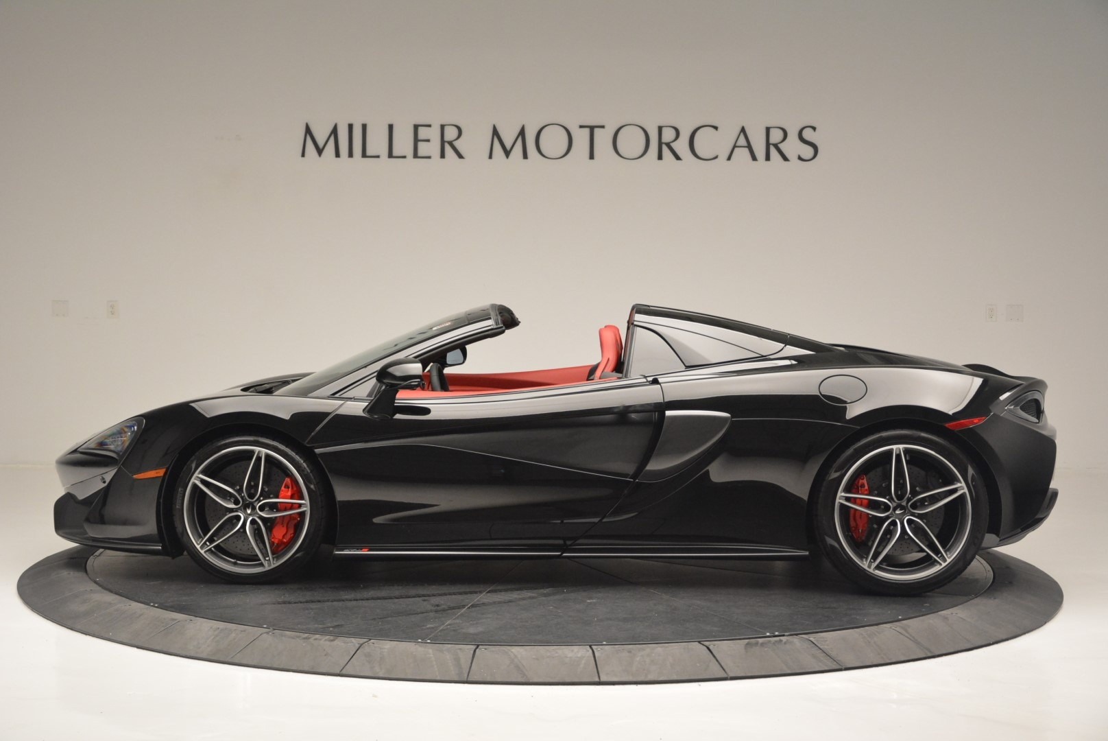 New 2019 McLaren 570S Spider Convertible For Sale In Greenwich, CT 2522_p3