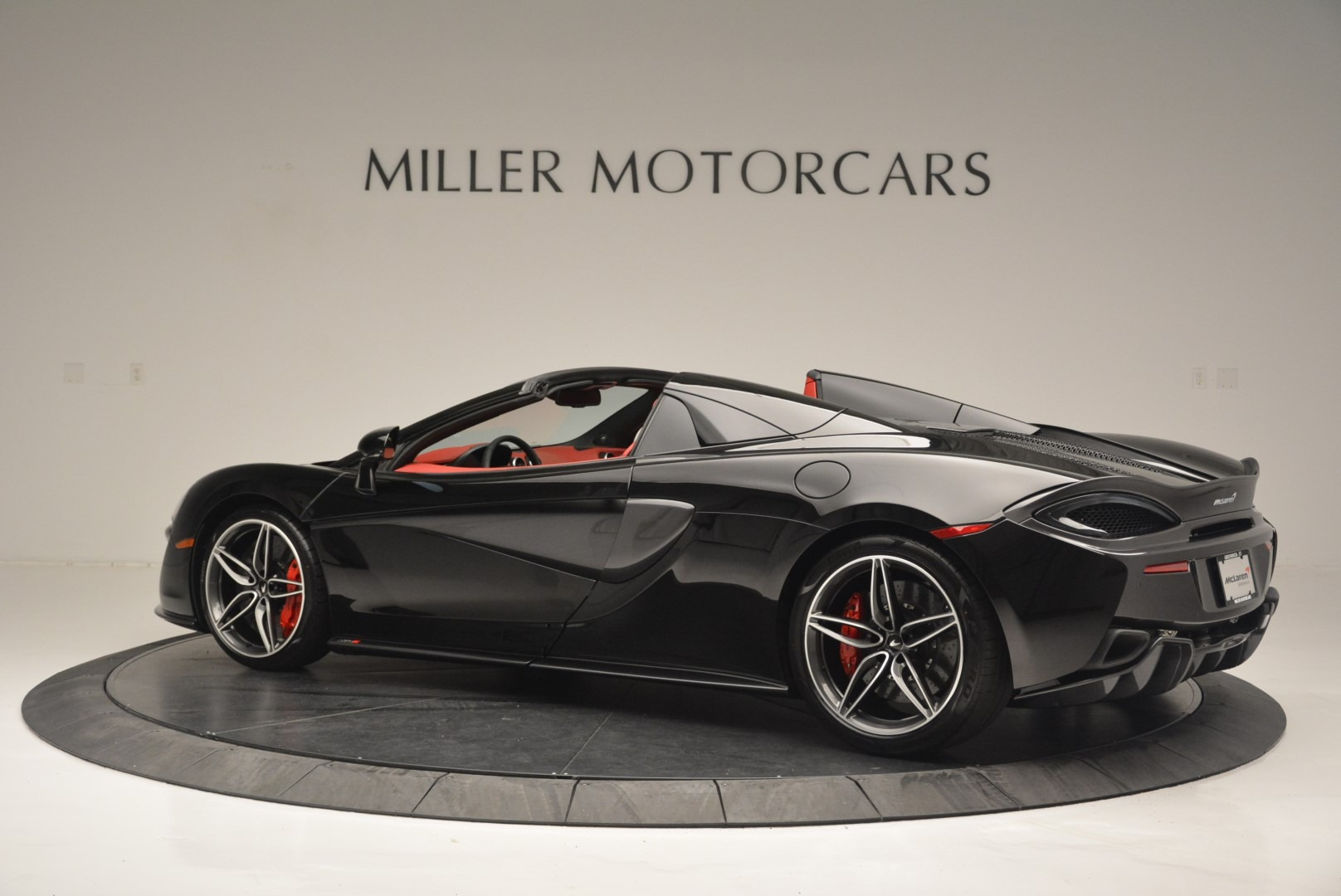 New 2019 McLaren 570S Spider Convertible For Sale In Greenwich, CT 2522_p4
