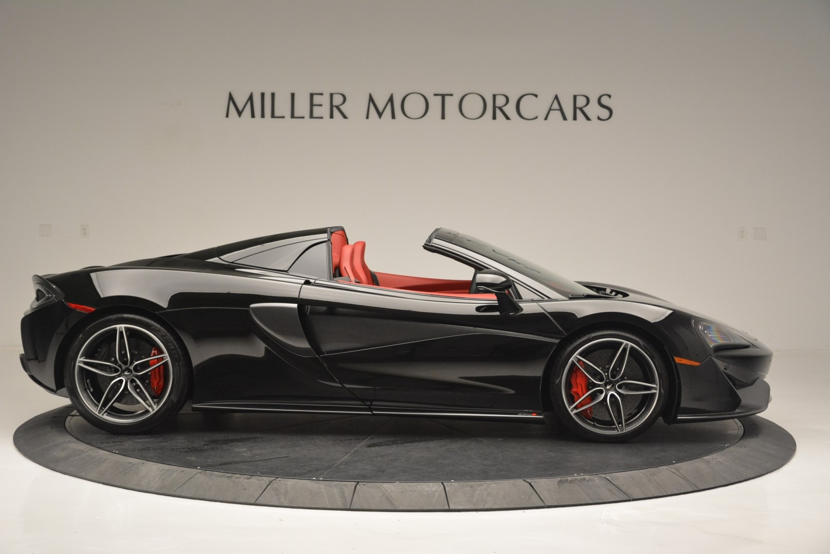 New 2019 McLaren 570S Spider Convertible For Sale In Greenwich, CT 2522_p9
