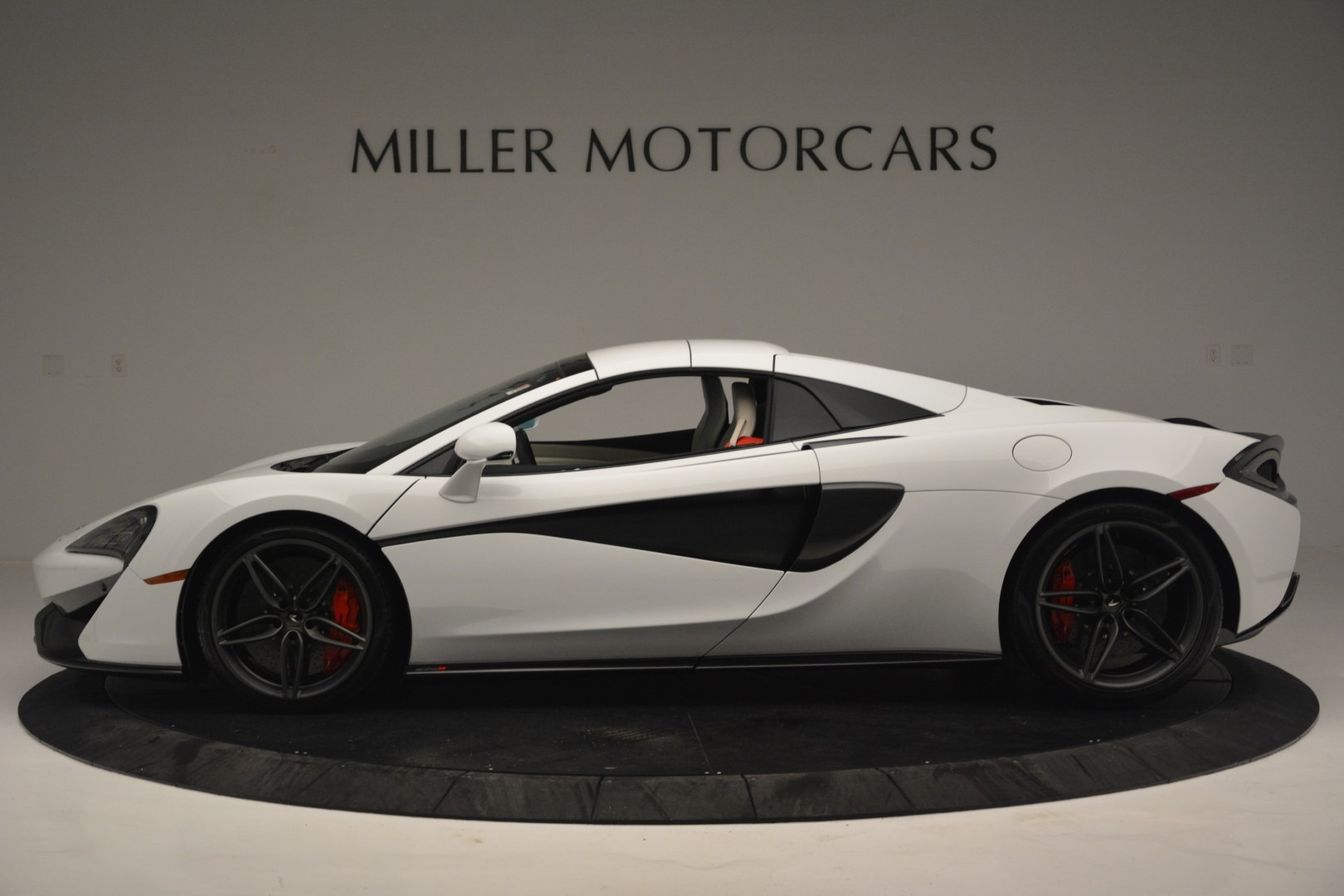 New 2019 McLaren 570S Spider Convertible For Sale In Greenwich, CT 2523_p16