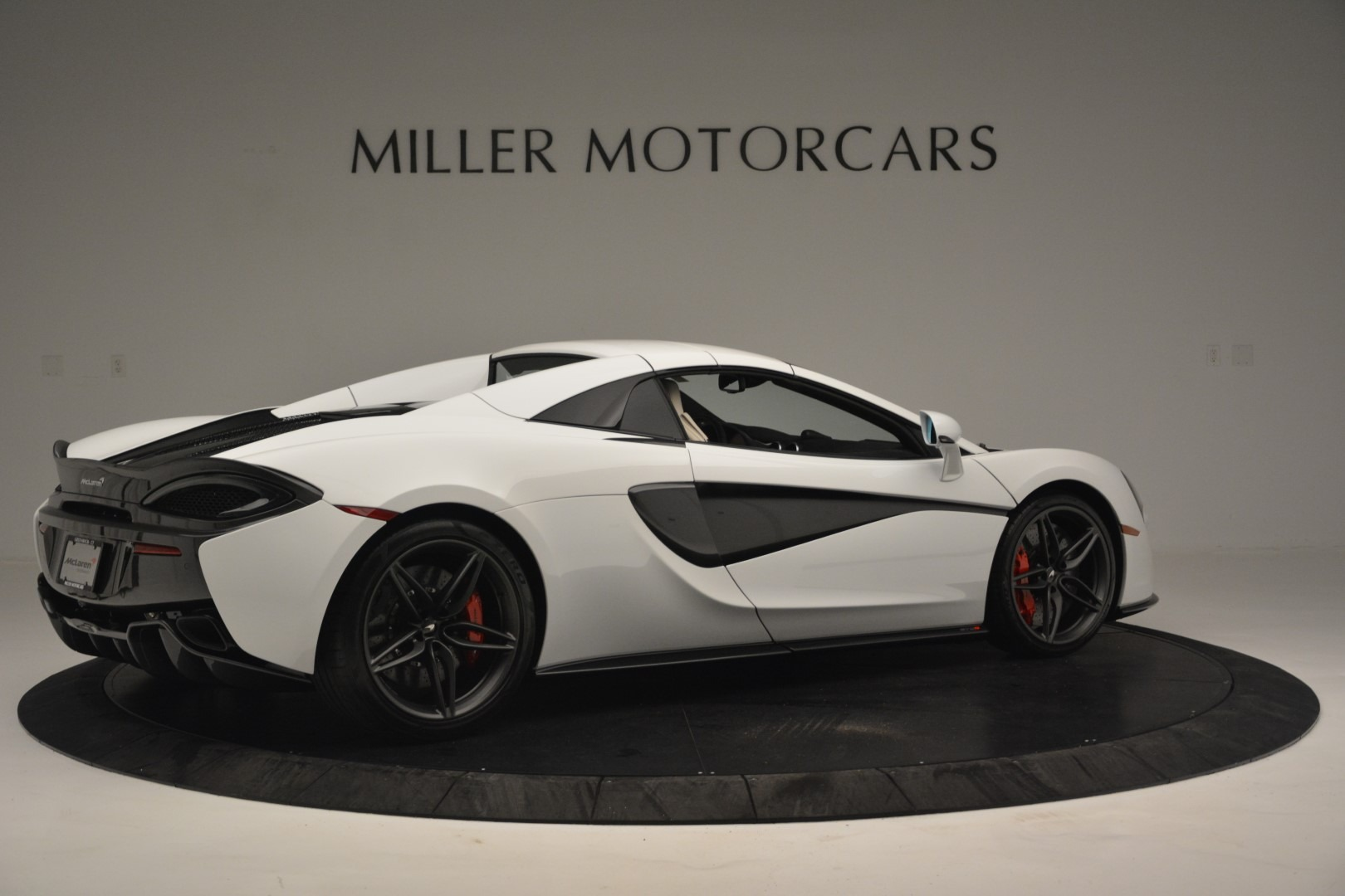 New 2019 McLaren 570S Spider Convertible For Sale In Greenwich, CT 2523_p19