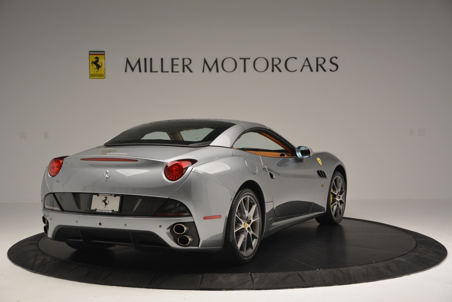 Used 2012 Ferrari California  For Sale In Greenwich, CT 2524_p19
