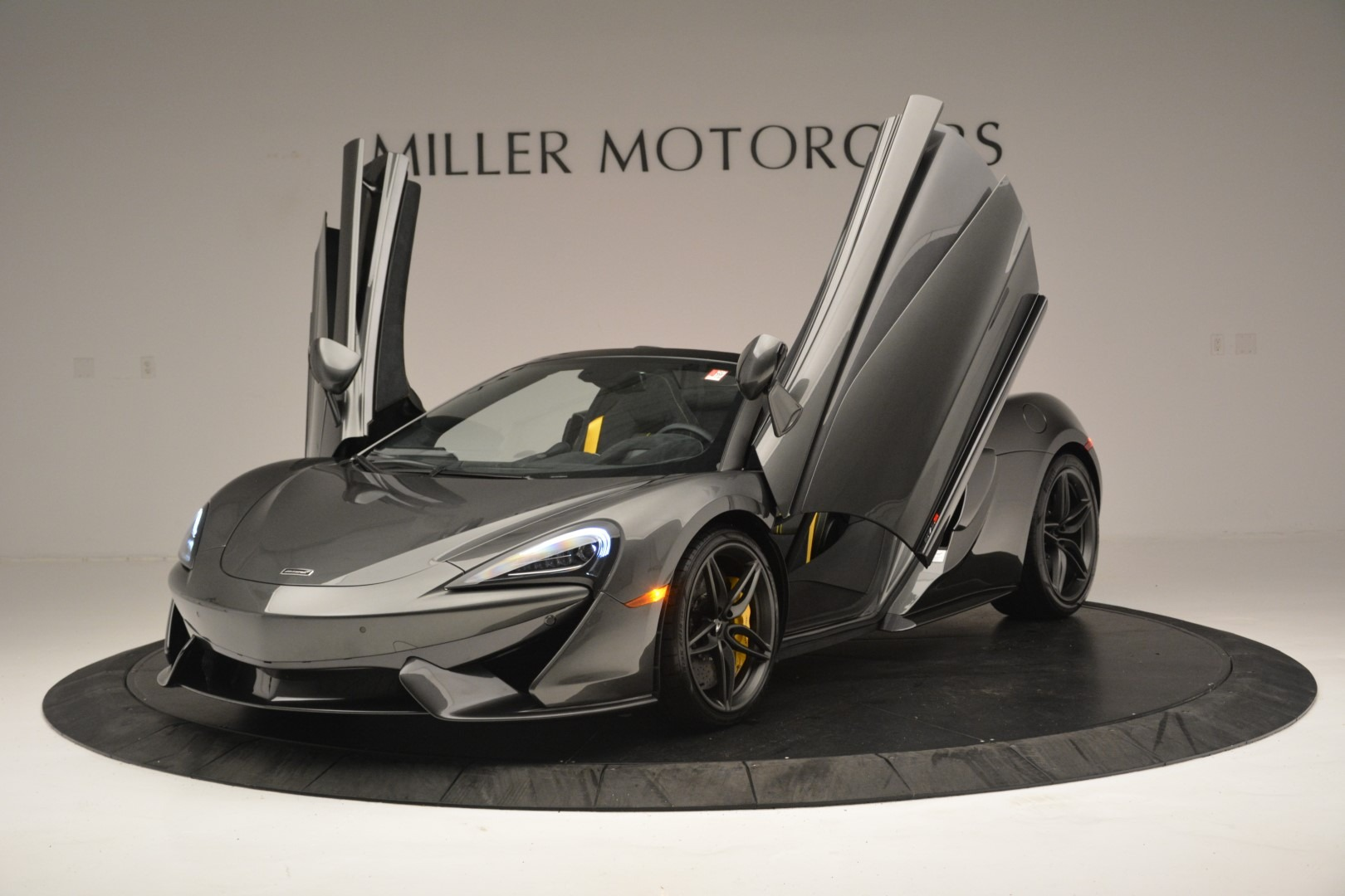 New 2019 McLaren 570S Spider Convertible For Sale In Greenwich, CT 2526_p14