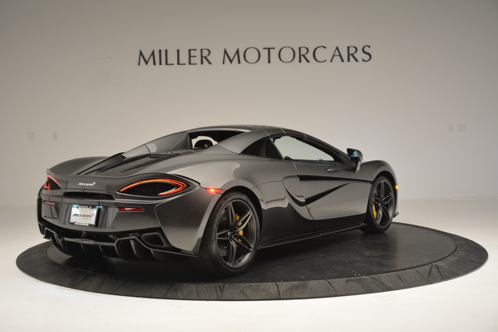 New 2019 McLaren 570S Spider Convertible For Sale In Greenwich, CT 2526_p19