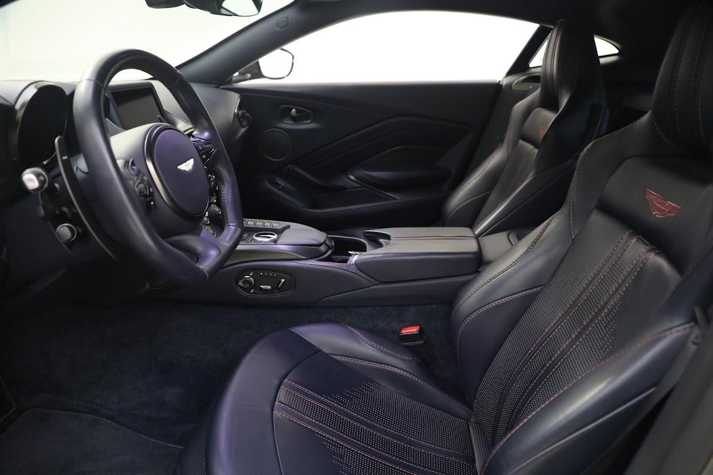 New 2019 Aston Martin Vantage V8 For Sale In Greenwich, CT 2527_p14