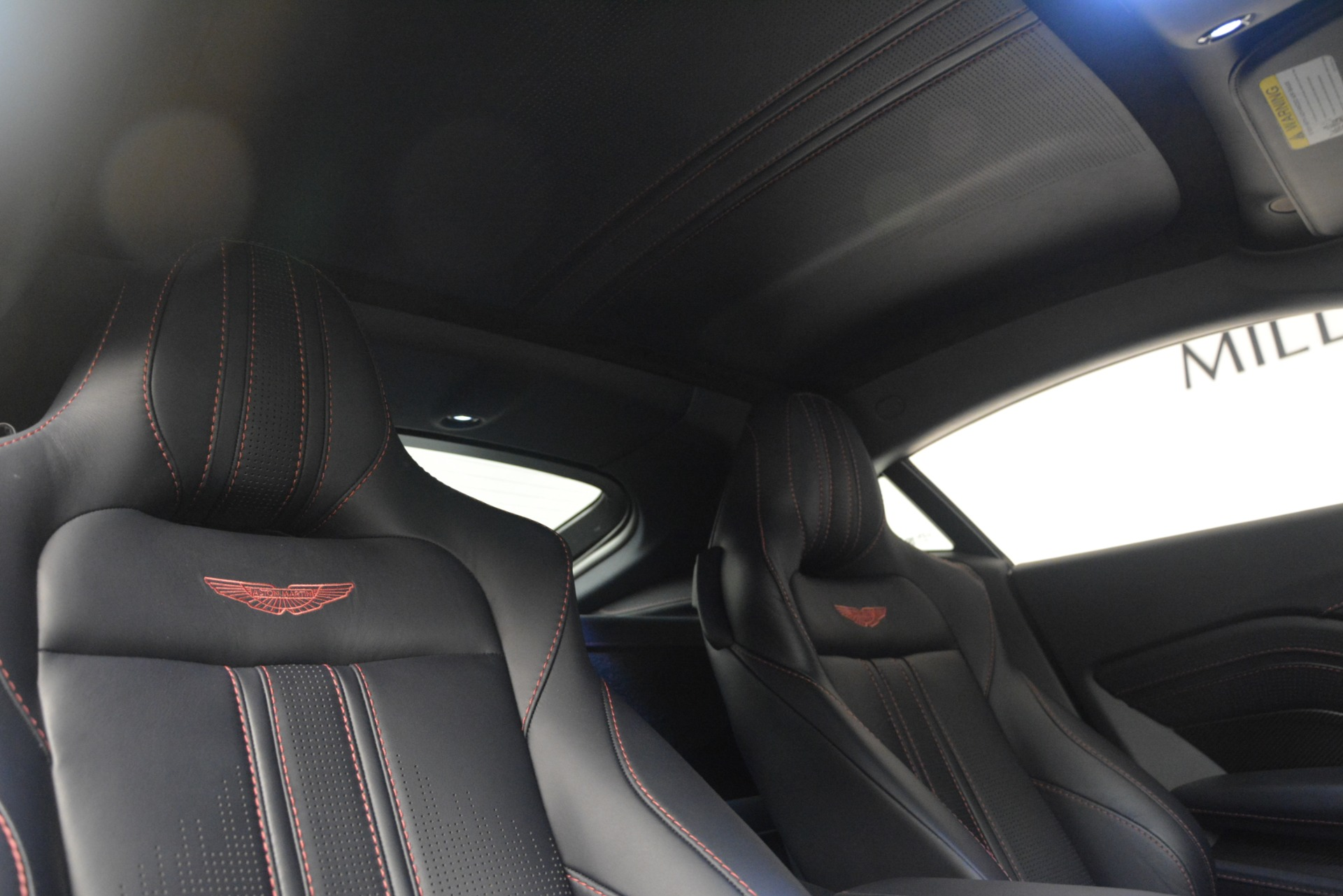 New 2019 Aston Martin Vantage Coupe For Sale In Greenwich, CT 2527_p18