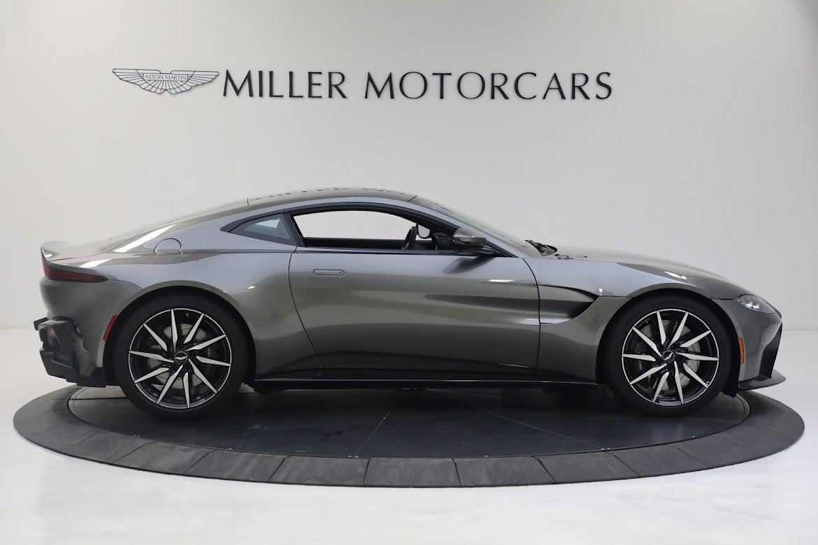 New 2019 Aston Martin Vantage Coupe For Sale In Greenwich, CT 2527_p8