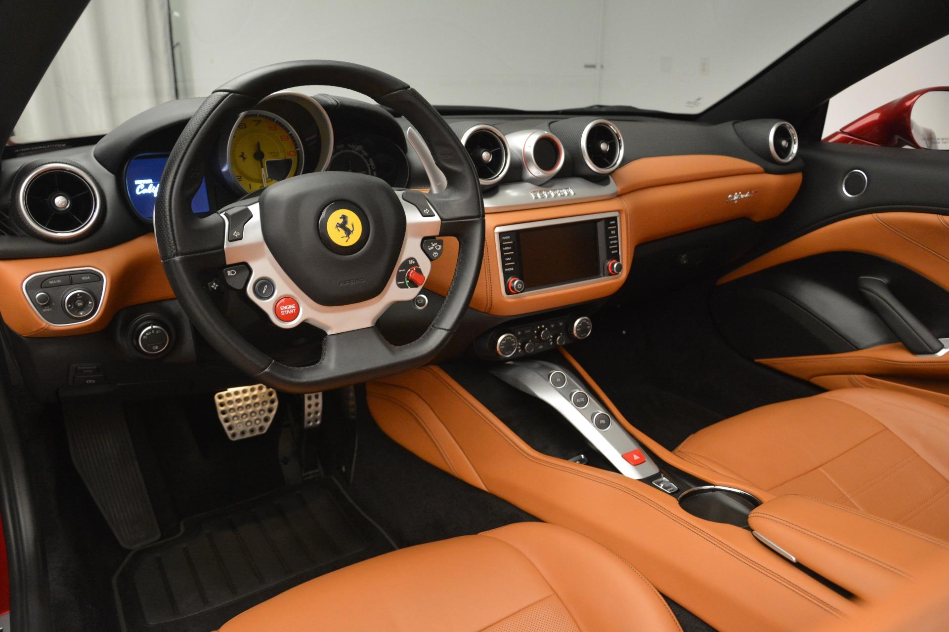 Used 2016 Ferrari California T  For Sale In Greenwich, CT 2534_p25