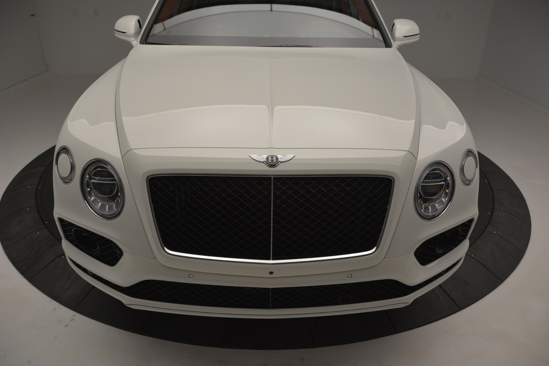New 2019 Bentley Bentayga V8 For Sale In Greenwich, CT 2535_p13