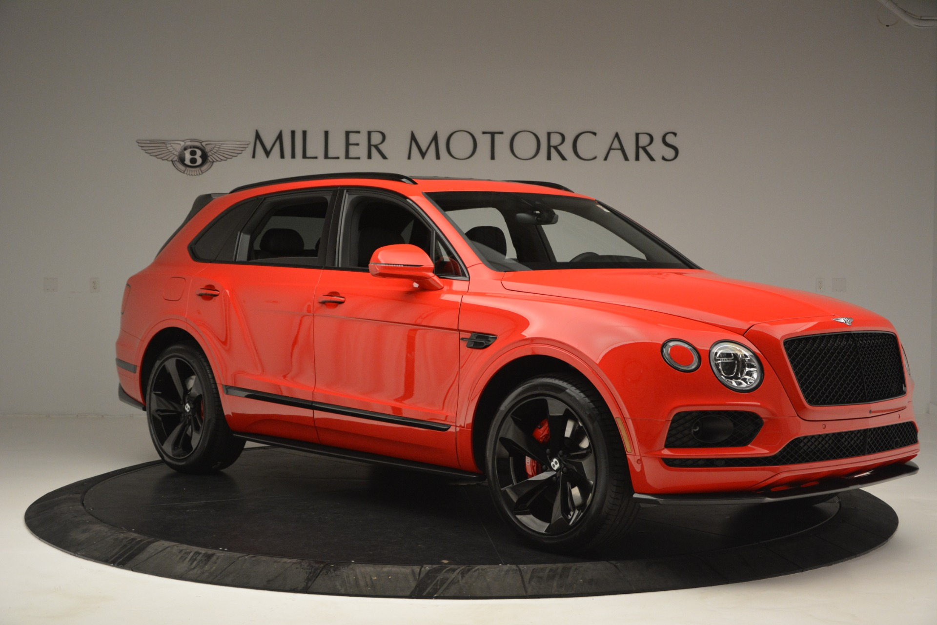 New 2019 BENTLEY Bentayga V8 For Sale In Greenwich, CT 2536_p10