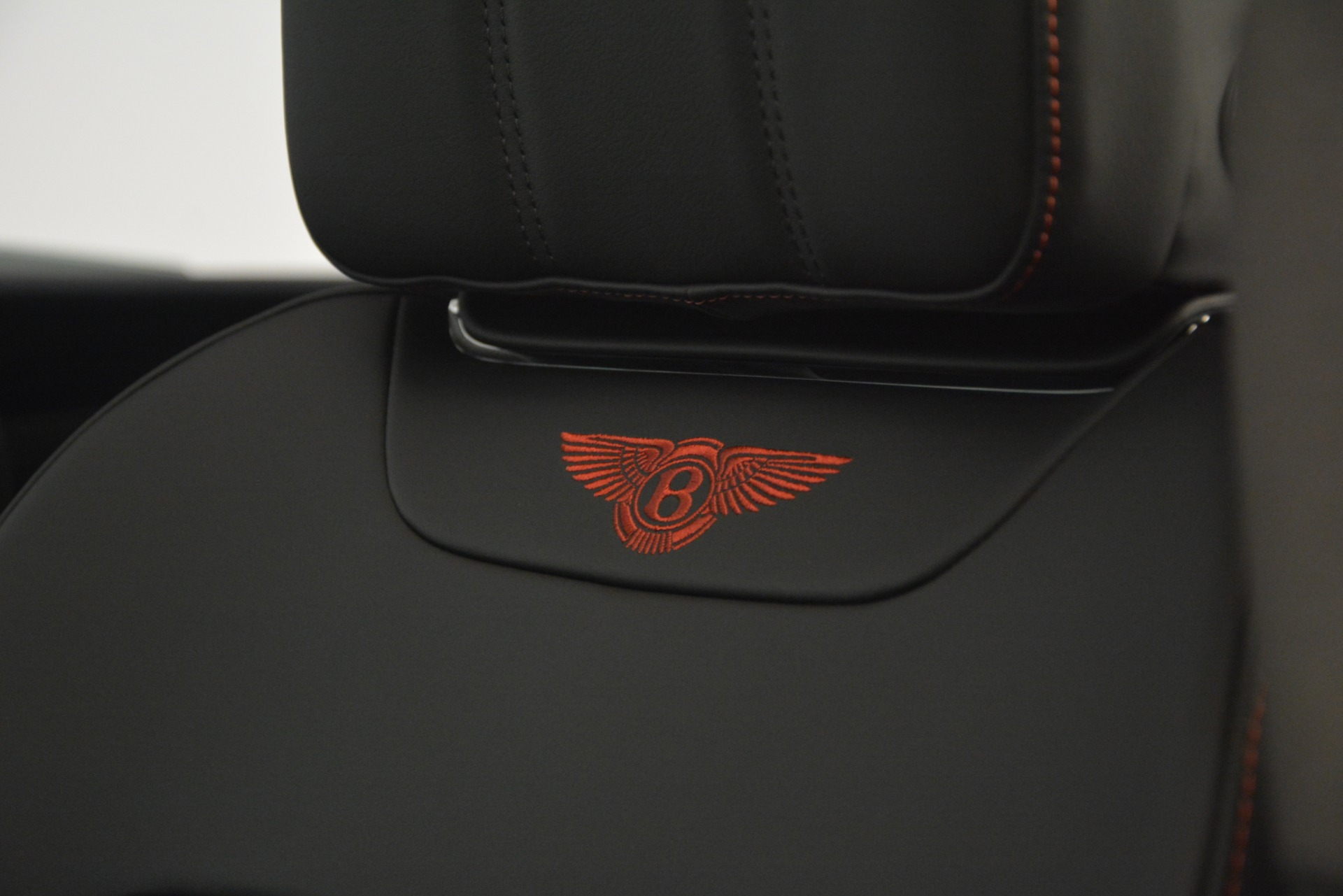 New 2019 BENTLEY Bentayga V8 For Sale In Greenwich, CT 2536_p24
