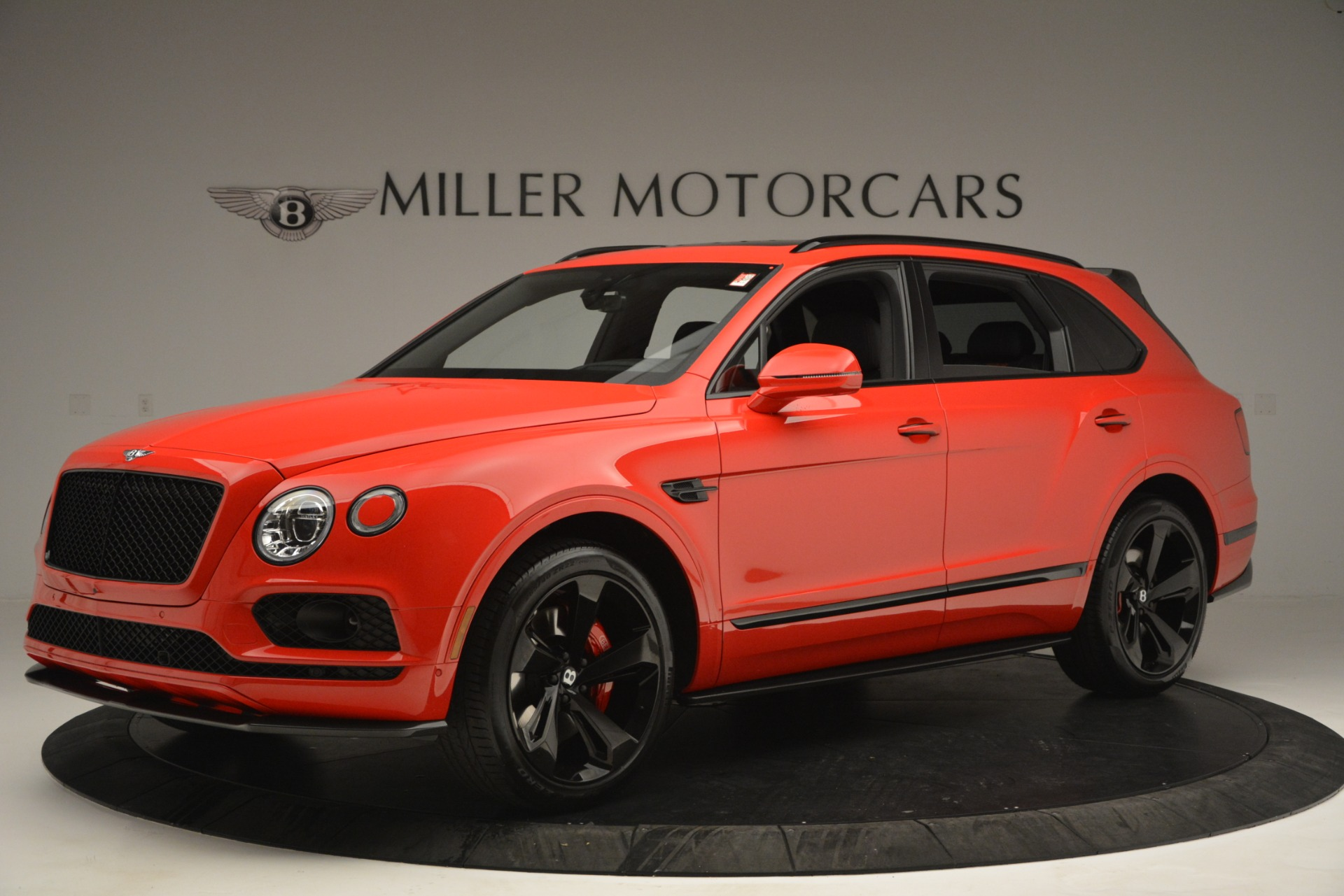 New 2019 BENTLEY Bentayga V8 For Sale In Greenwich, CT 2536_p2
