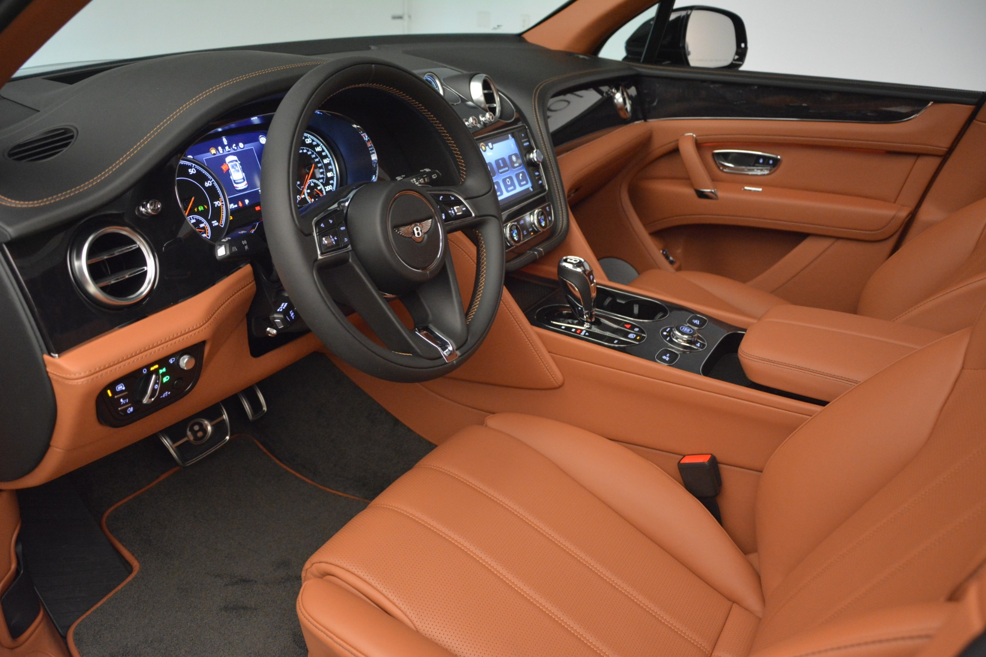 New 2019 Bentley Bentayga V8 For Sale In Greenwich, CT 2537_p17