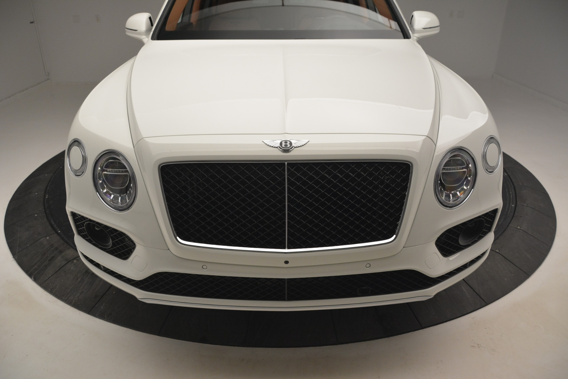 New 2019 Bentley Bentayga V8 For Sale In Greenwich, CT 2539_p14