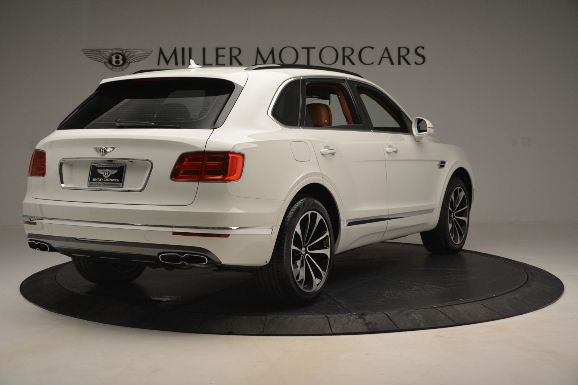 New 2019 Bentley Bentayga V8 For Sale In Greenwich, CT 2539_p7
