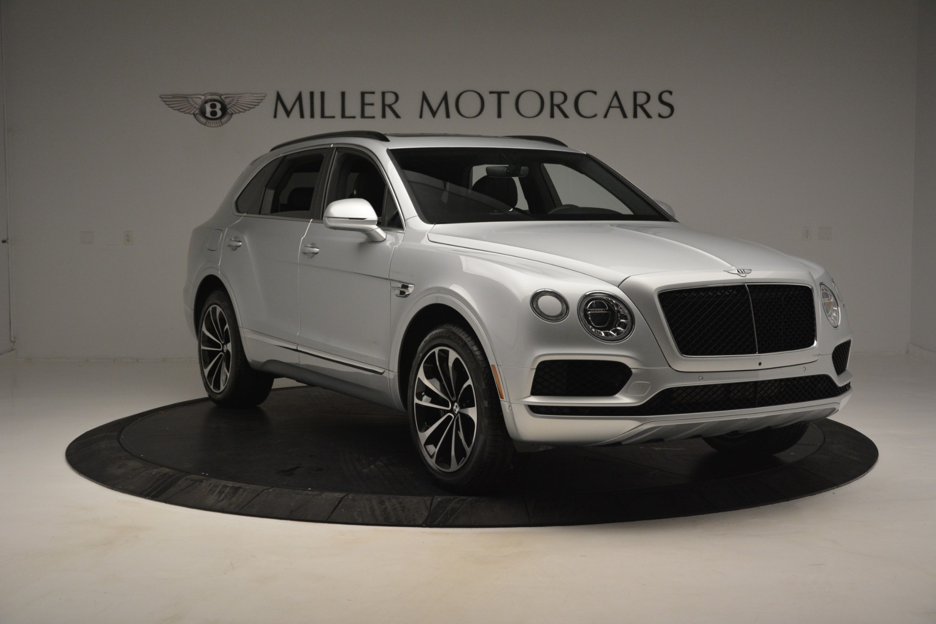 Used 2019 Bentley Bentayga V8 For Sale In Greenwich, CT 2540_p11